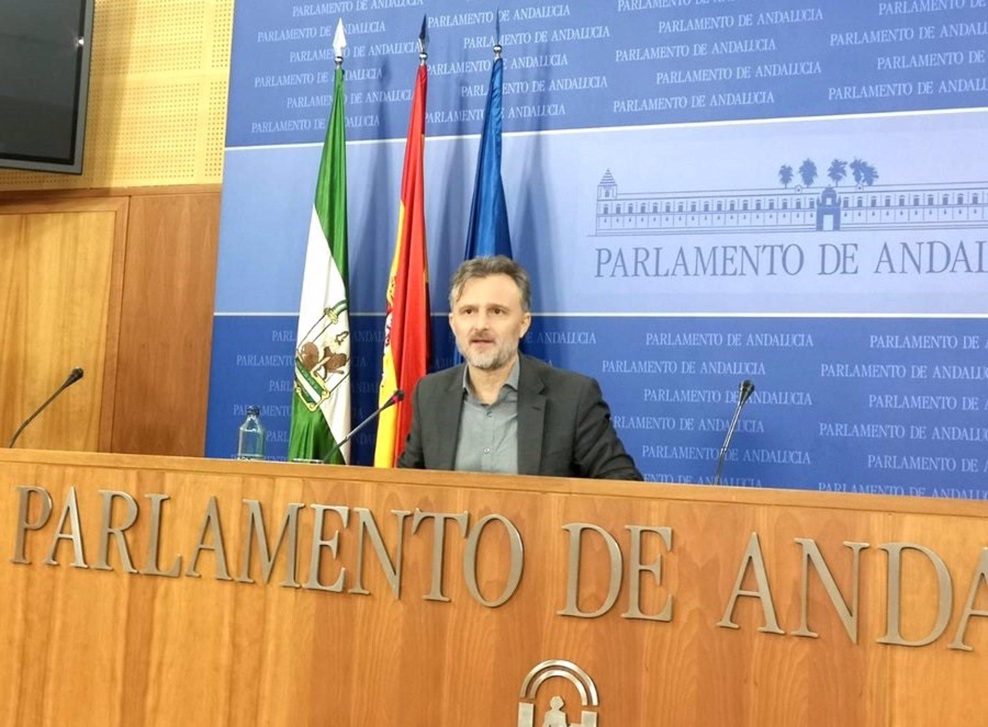PSOE-A acusa a Junta de «criminalizar» a la UGR con su cierre mientras «deja abiertos otros sectores»