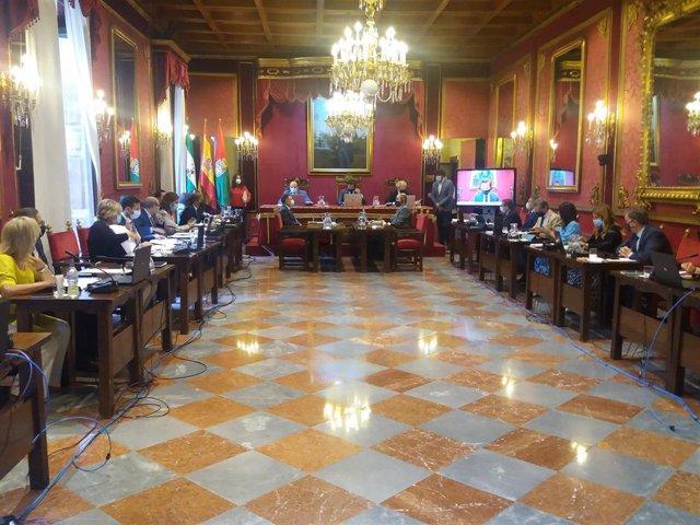 La Junta de Portavocesse reunirá mañana para analizar el contagio del alcaldey colaboradores