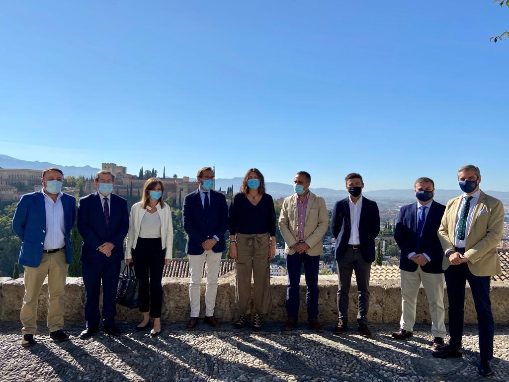 Loles López resalta la inversión de 23 millones de euros de remanentes de la Alhambra para recuperar el patrimonio de la ciudad