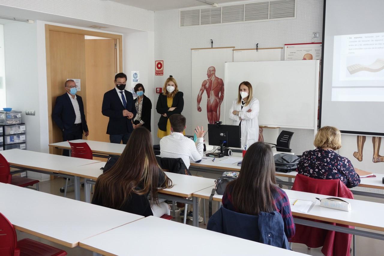 Visita de Salvador al Centro de Formación Profesional Atlántida Cidep