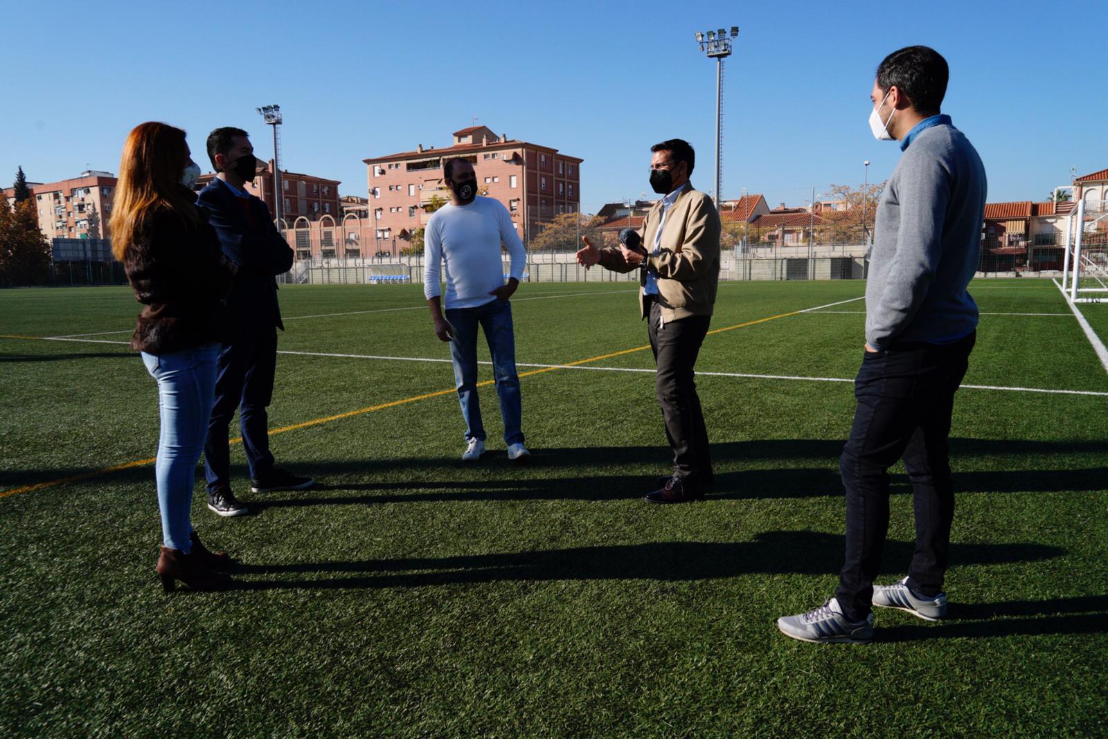Cuenca denuncia la falta de luz eléctrica en el Polideportivo de la Chana