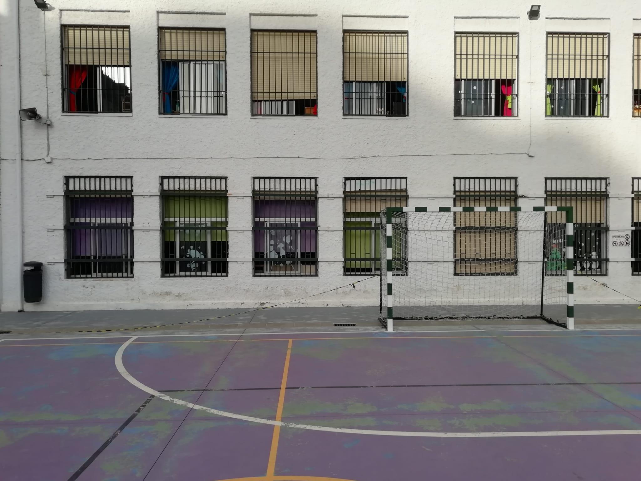 CSIF insiste en tomar medidas complementarias para ventilar correctamente las aulas ante la bajada de los termómetros