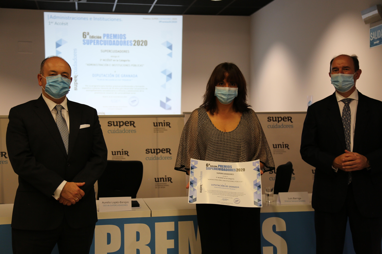 """Diputación recibe el premio """"Supercuidadores"""" por su programa social de """"jóvenes ayudando a jóvenes"""""""