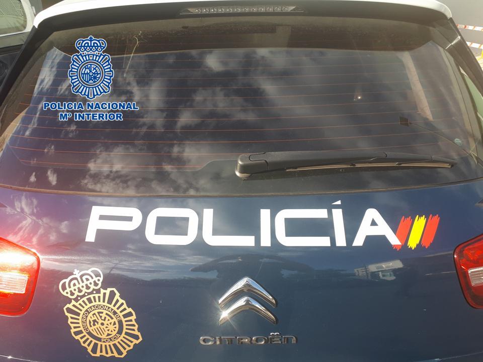 Detenido un reincidente ladrón de comercios de Granada al que se le atribuyen más de 30 robos