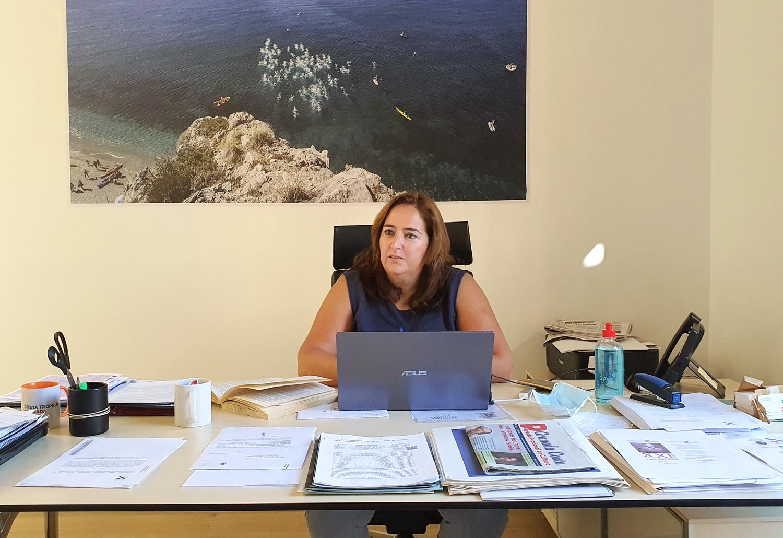 La presidenta de Mancomunidad de la Costa pide al Delegado de Salud que permita abrir comercios y negocios