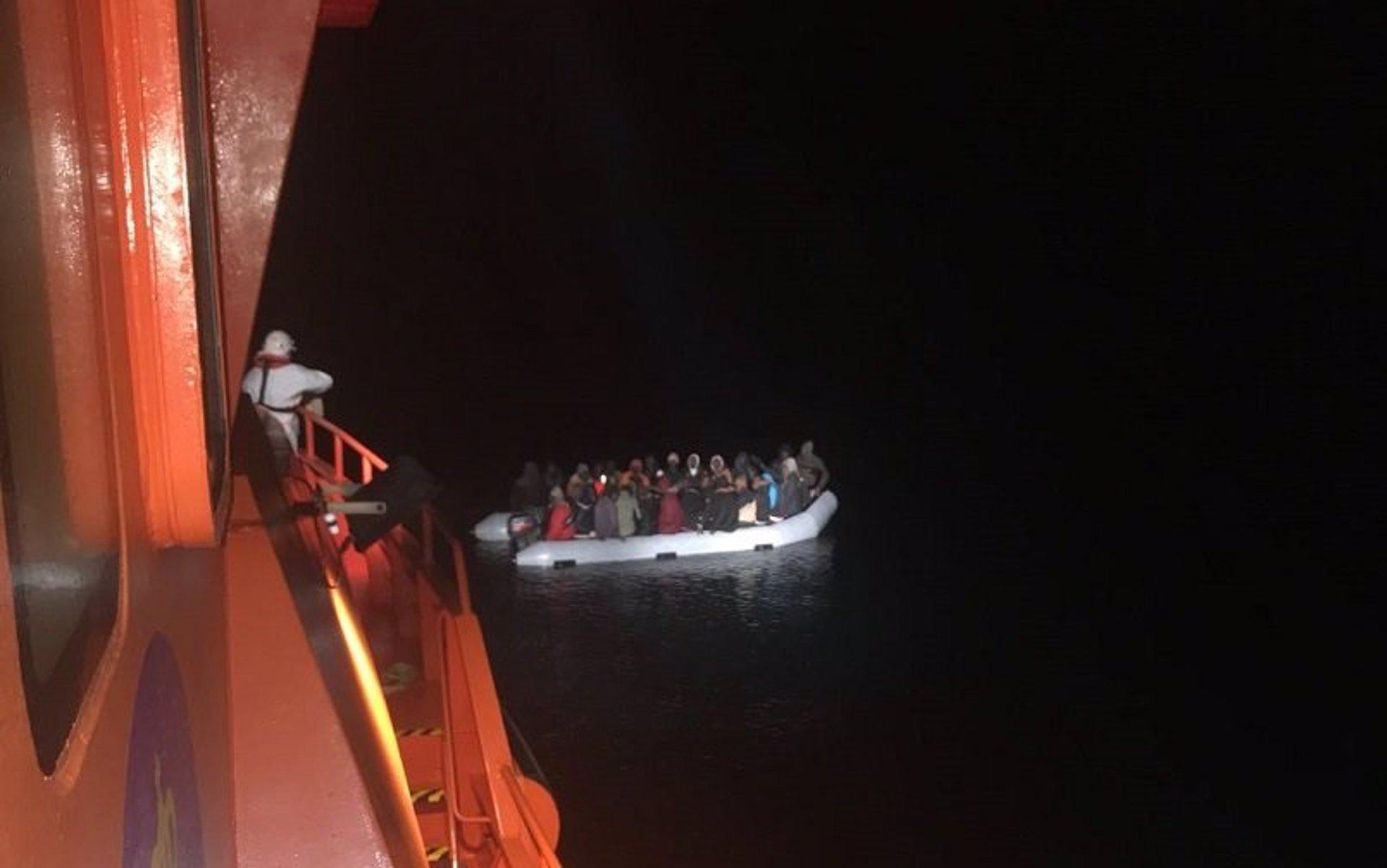 Trasladados al CATE de Motril 54 inmigrantes y el albergue de Víznar acoge a otros 50