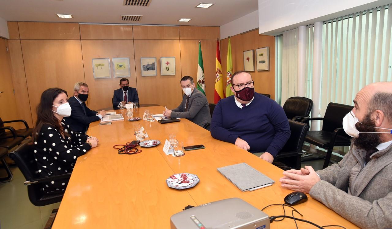 Diputación apoya el proyecto de ferrocarril entre Granada y Motril
