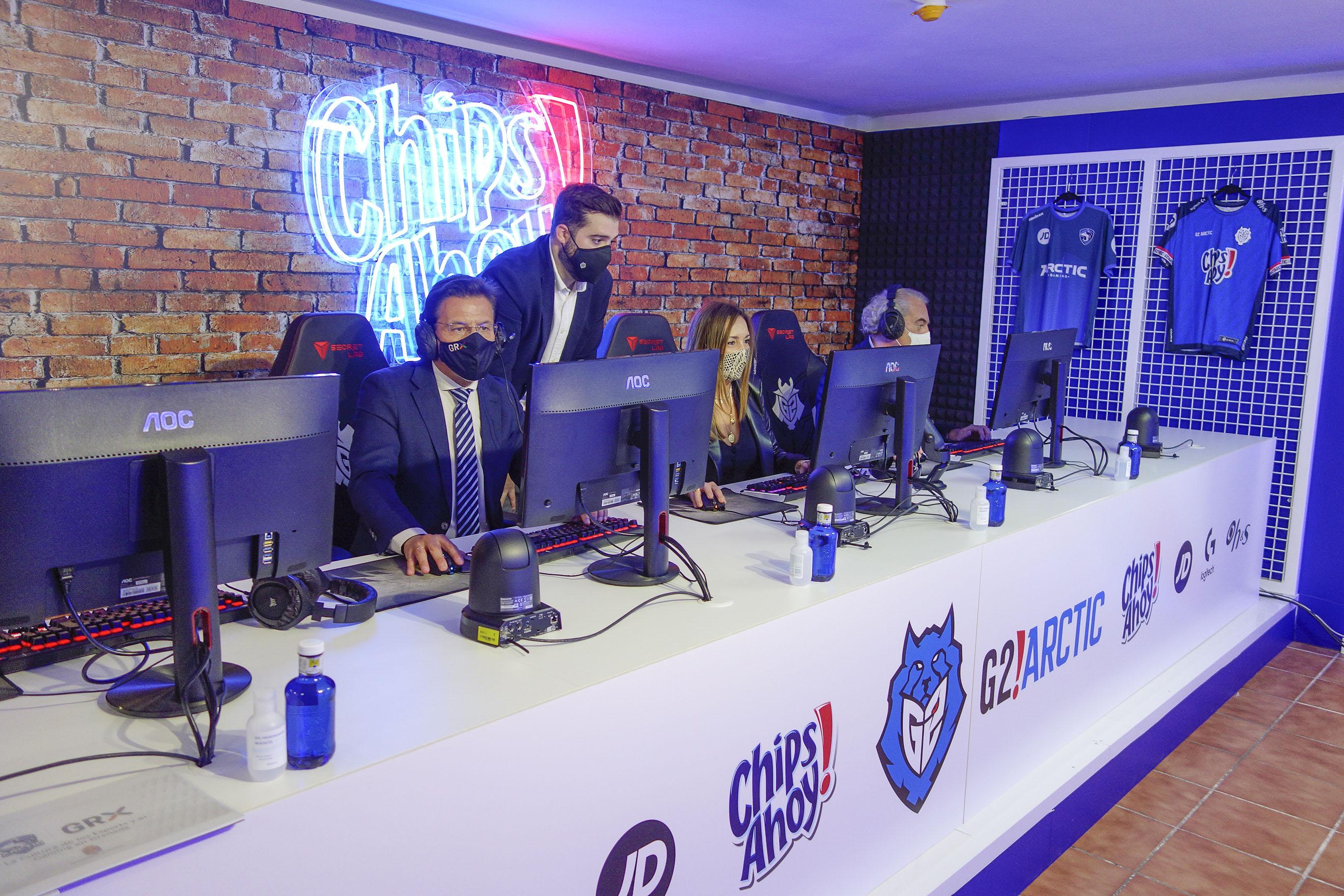 El Ayuntamiento reconoce los éxitos de Arctic Gaming, referente de los deportes electrónicos