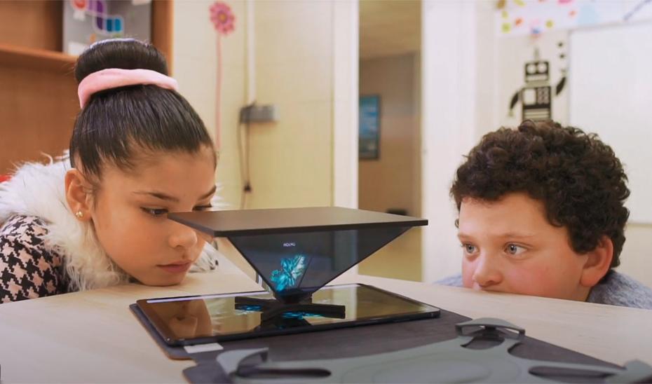 3.900 alumnos de Primaria de Granada participan en el programa de competencias digitales 'DigiCraft en tu cole'