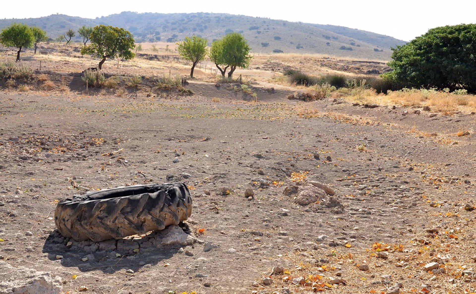 Una plataforma intenta recuperar el manantial de San Torcuato en Hernán Valle