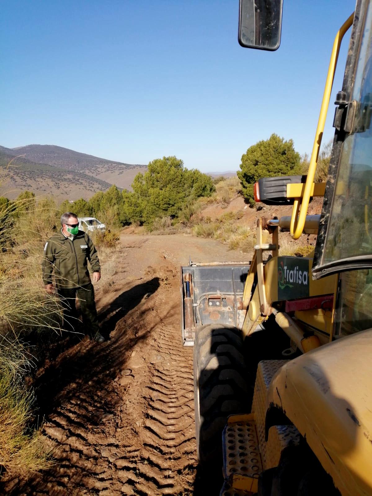 El Espacio Natural de Sierra Nevada mejora 20 kilómetros de caminos