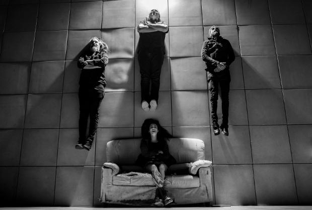 CARMENCITA CALAVERA estrena su nuevo videoclip «LA HERIDA»