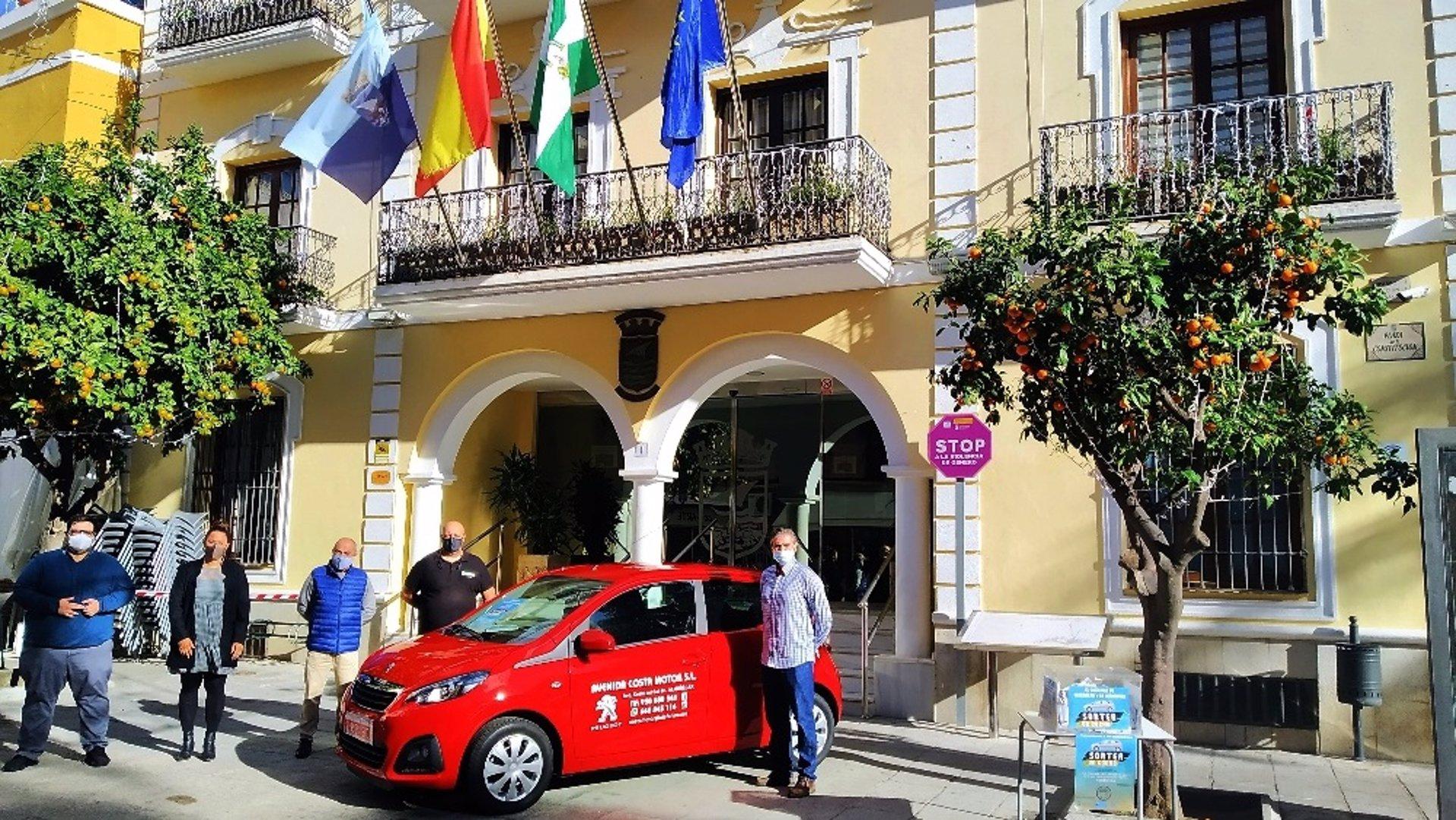 Comerciantes de Almuñécar y La Herradura sortean el 4 de enero un coche entre su clientes