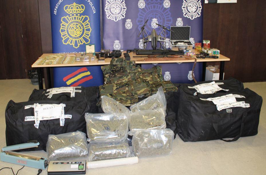 Más de 1.000 plantas de marihuana y 20 detenciones ha realizado la policía durante noviembre