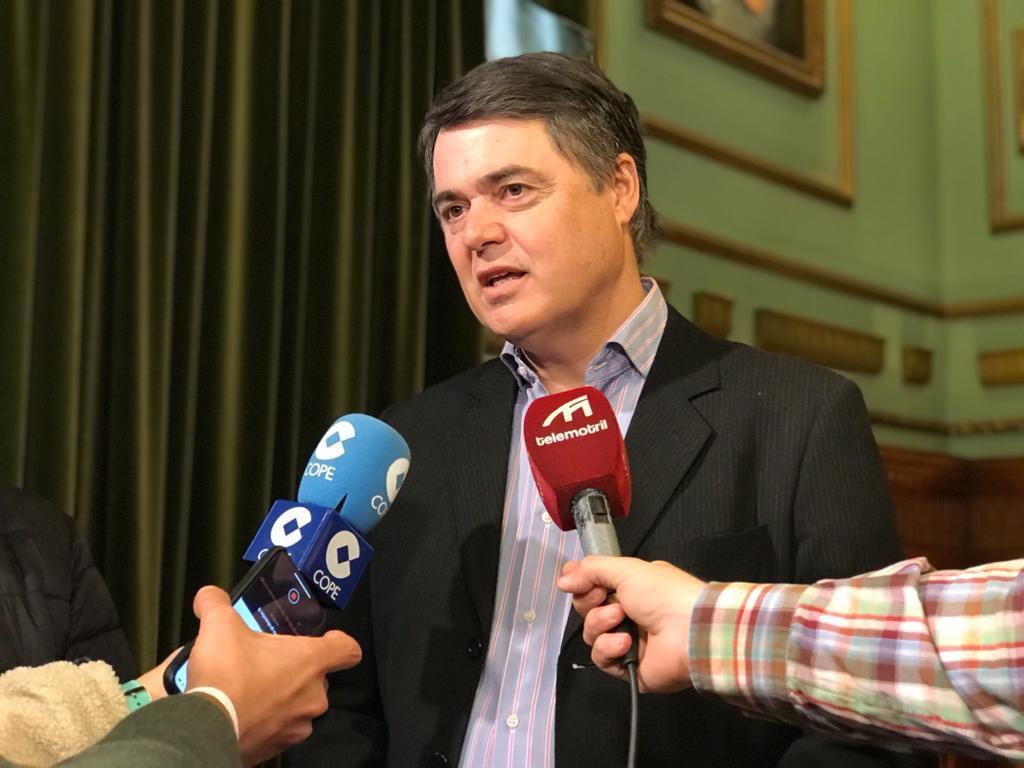 Rojas reprocha al Gobierno de España que dé la espalda a la Línea Motril-Melilla
