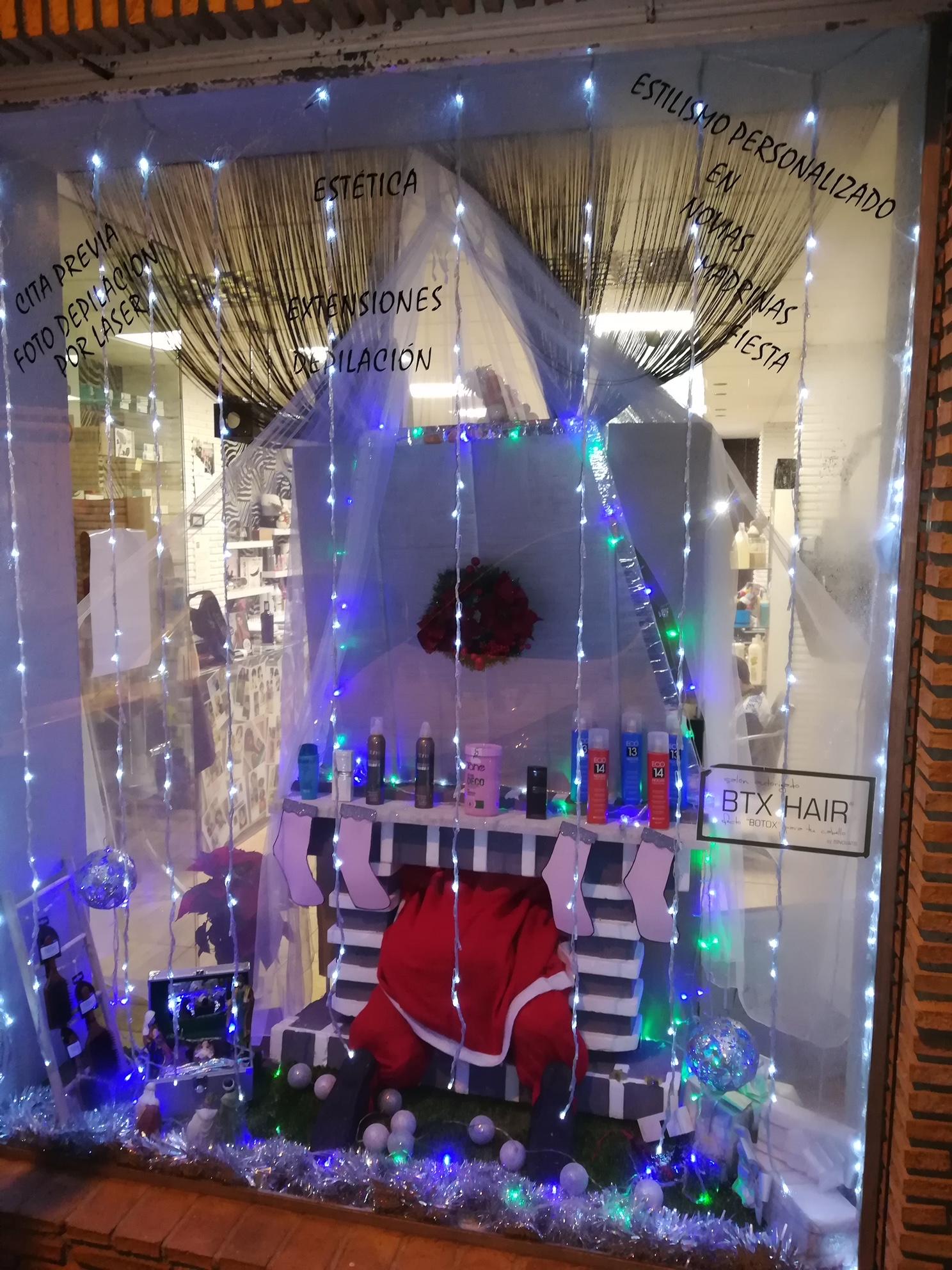 Monachil premiará a sus mejores escaparates navideños para fomentar las compras en el comercio local