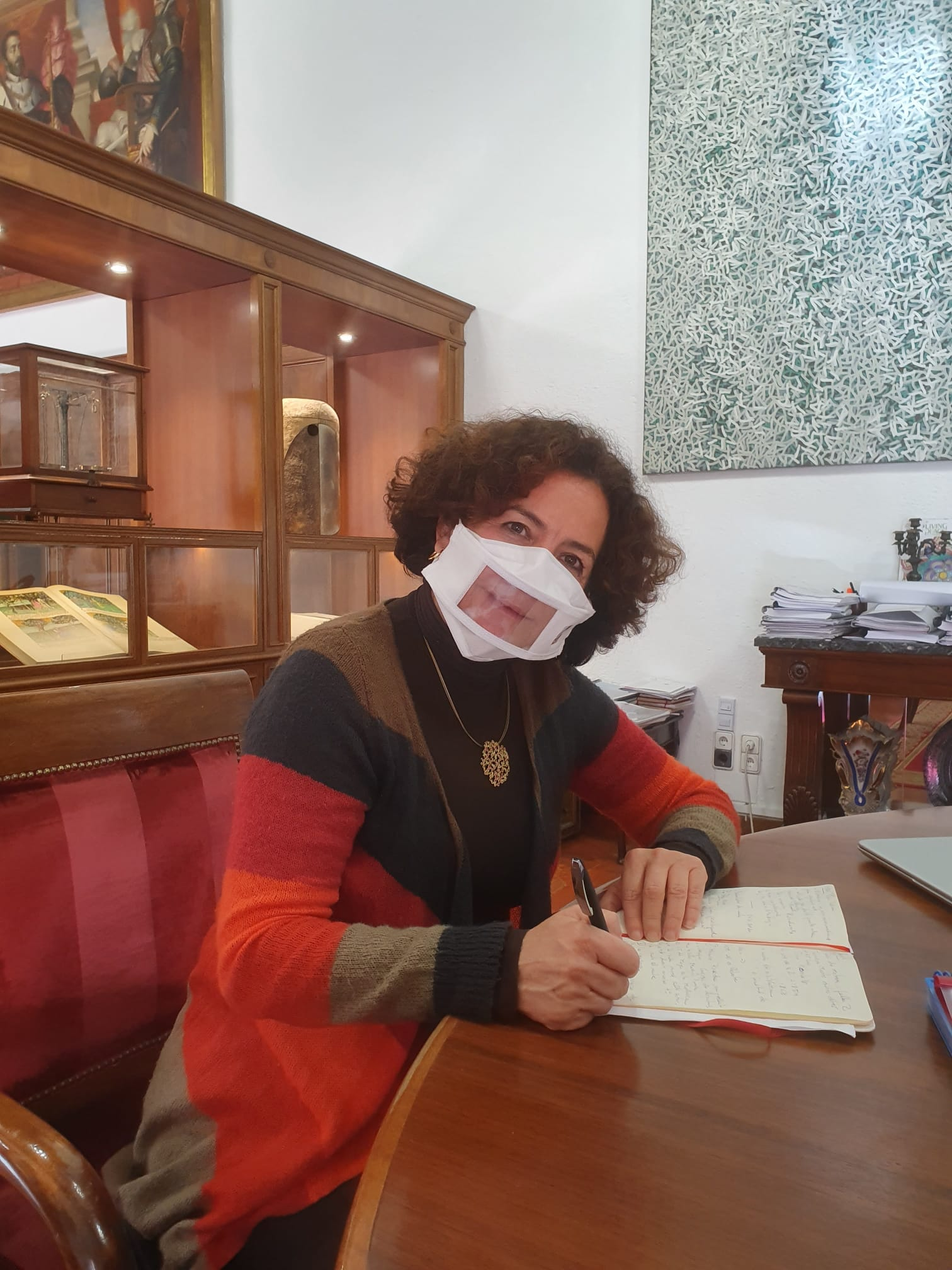 La UGR se suma a la campaña de mascarillas comunicativas en las universidades españolas