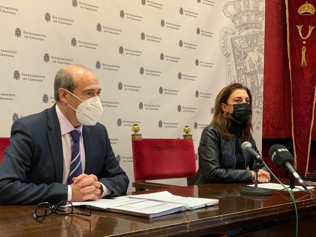 El PSOE pide al bipartito que bonifique el IBI del comercio, la hostelería y la cultura
