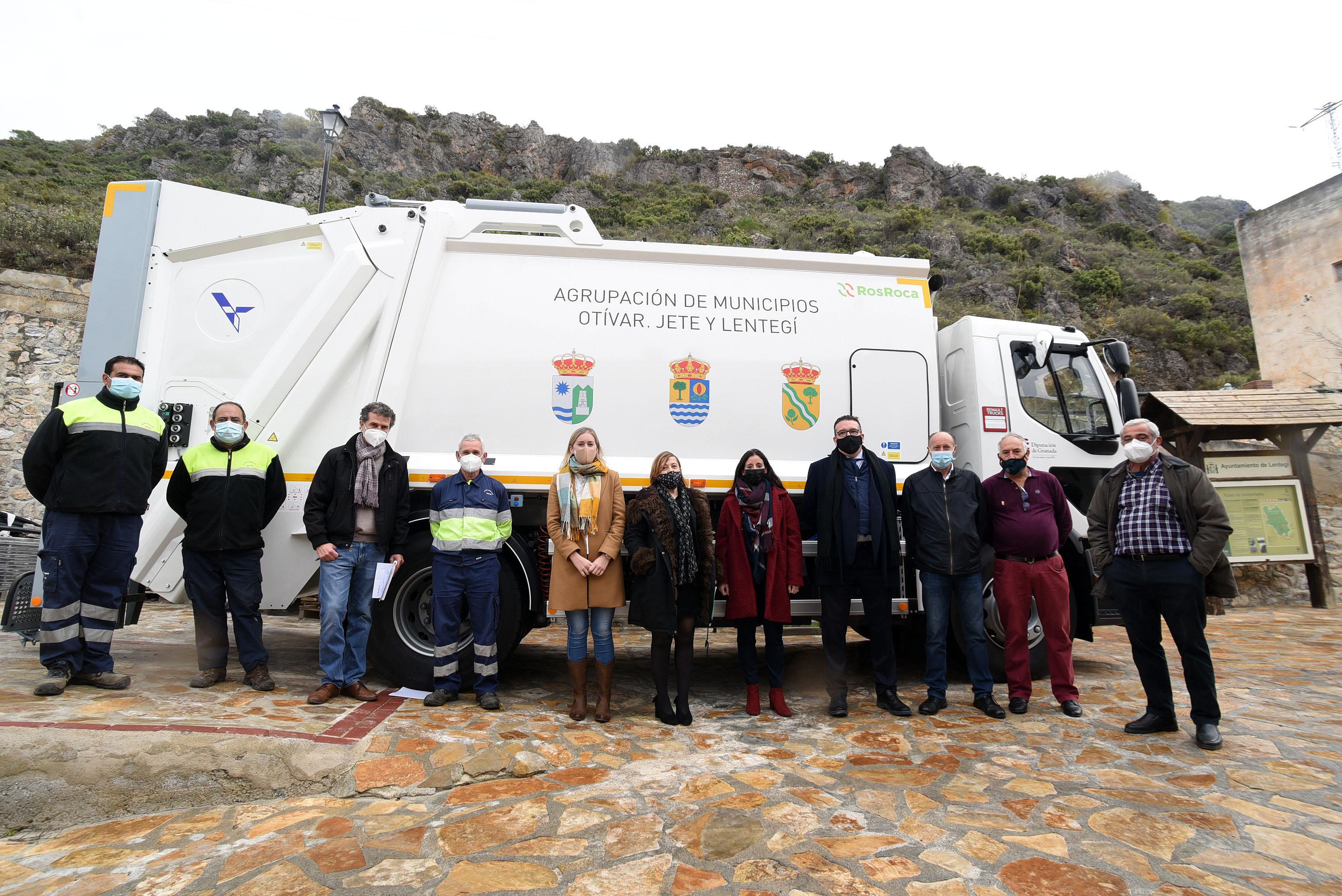 Jete, Otívar y Lentegí incorporan un nuevo vehículo de recogida de residuos