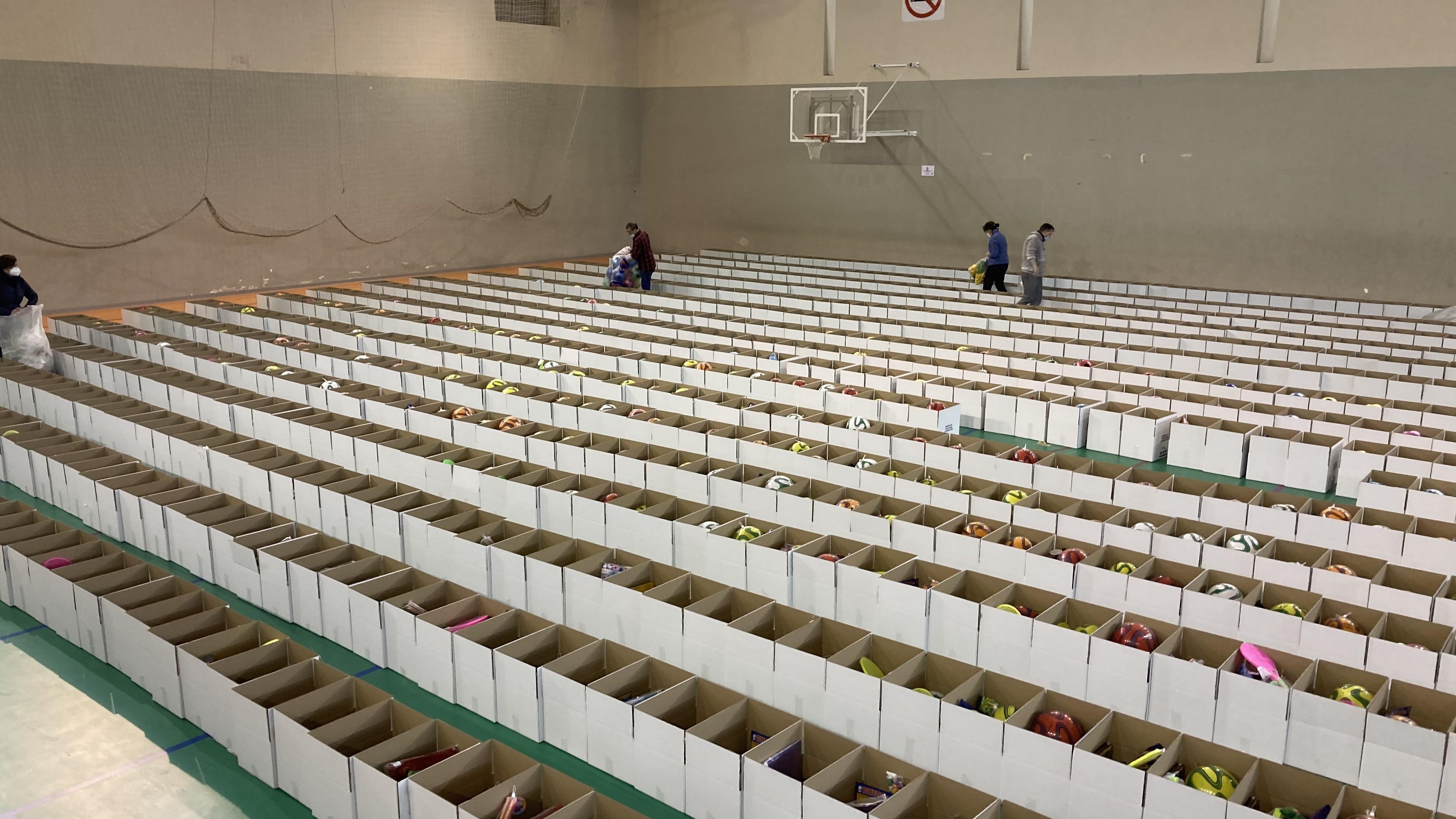 Los Reyes Magos entregarán regalos en mano a 1400 niños de Huétor Vega