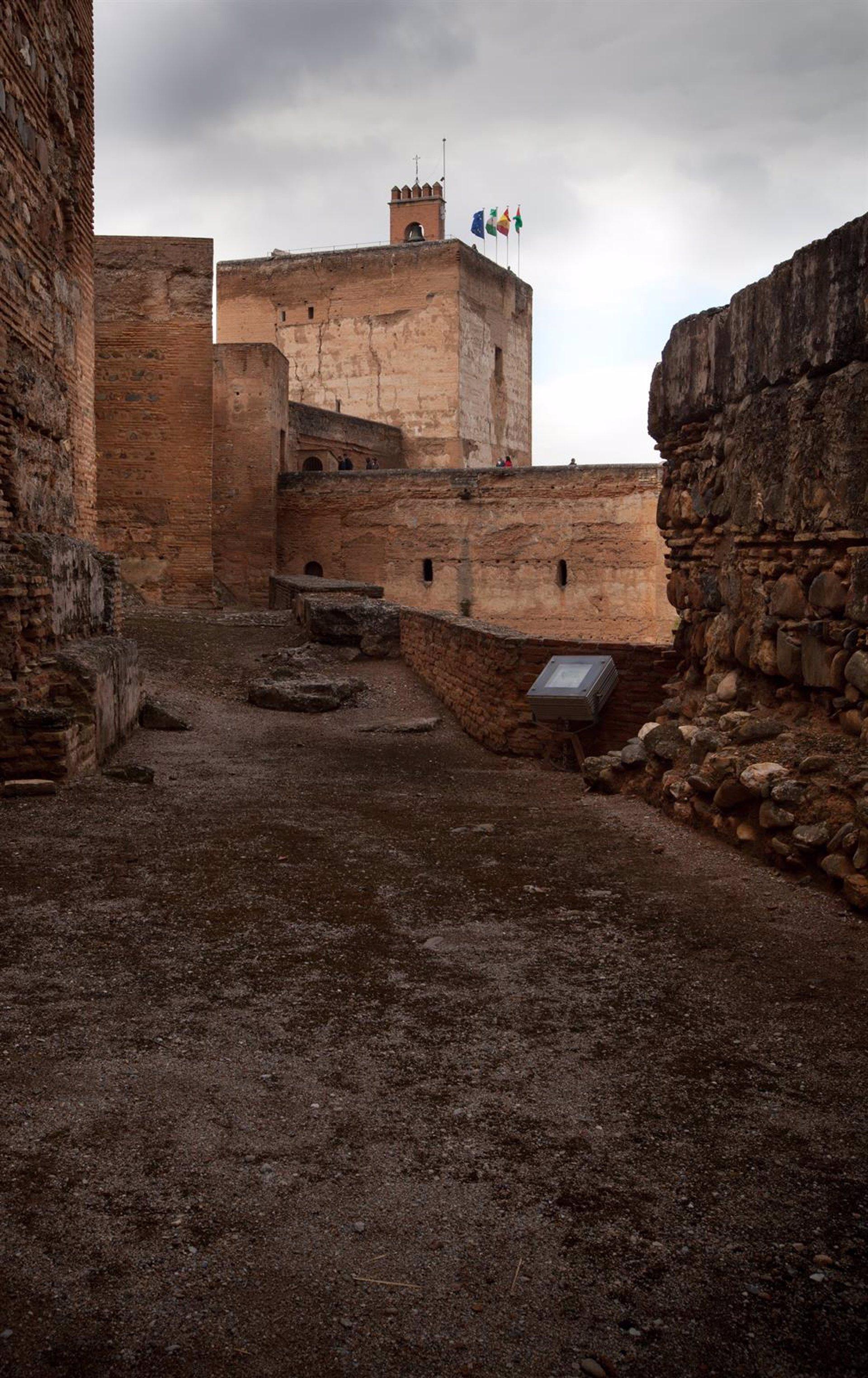 La Alhambra suspende la jornada de puertas abiertas a la Alcazaba del 2 de enero por la pandemia