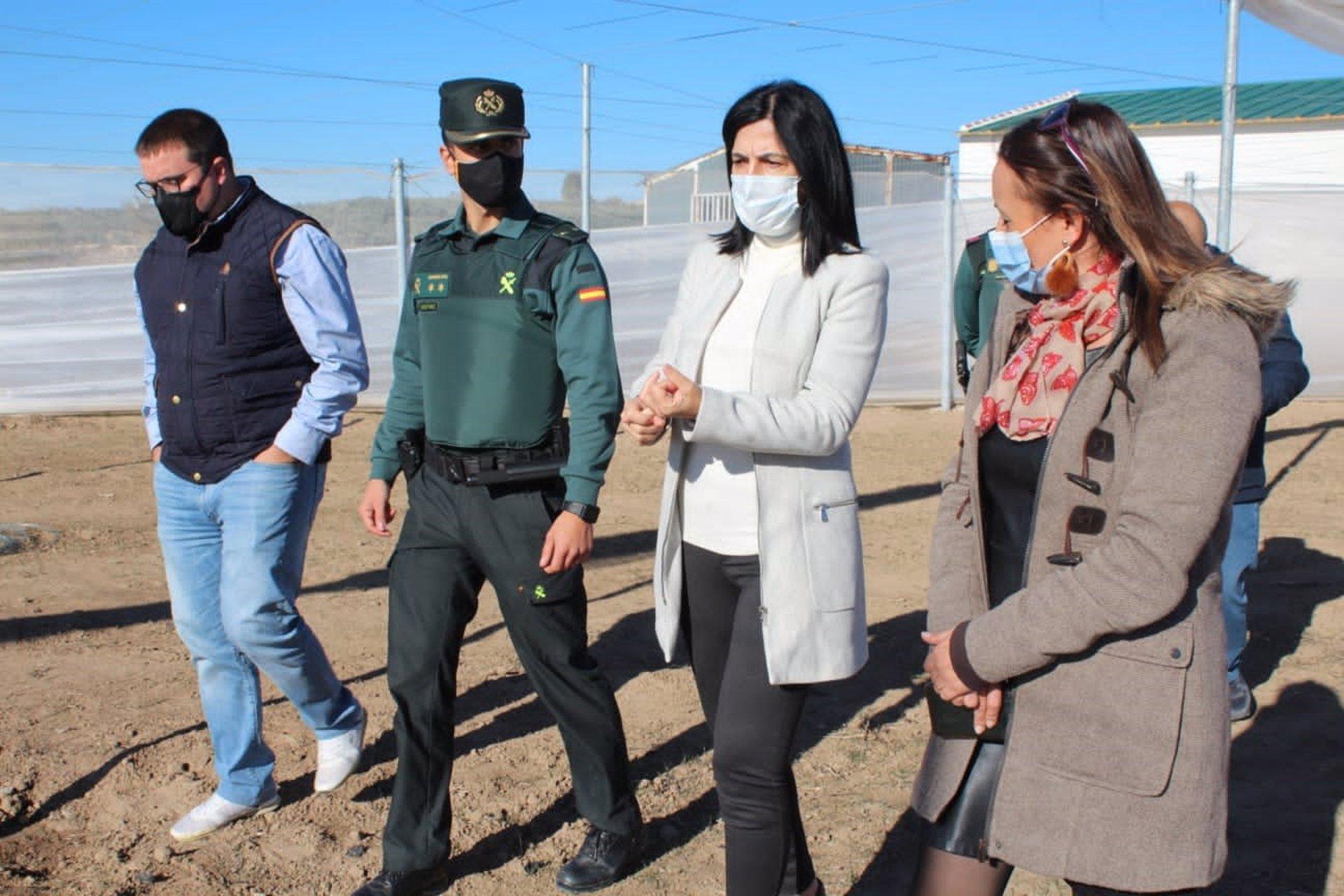 Un invernadero en Cuevas del Campo servirá como laboratorio para mejorar y ampliar cultivos