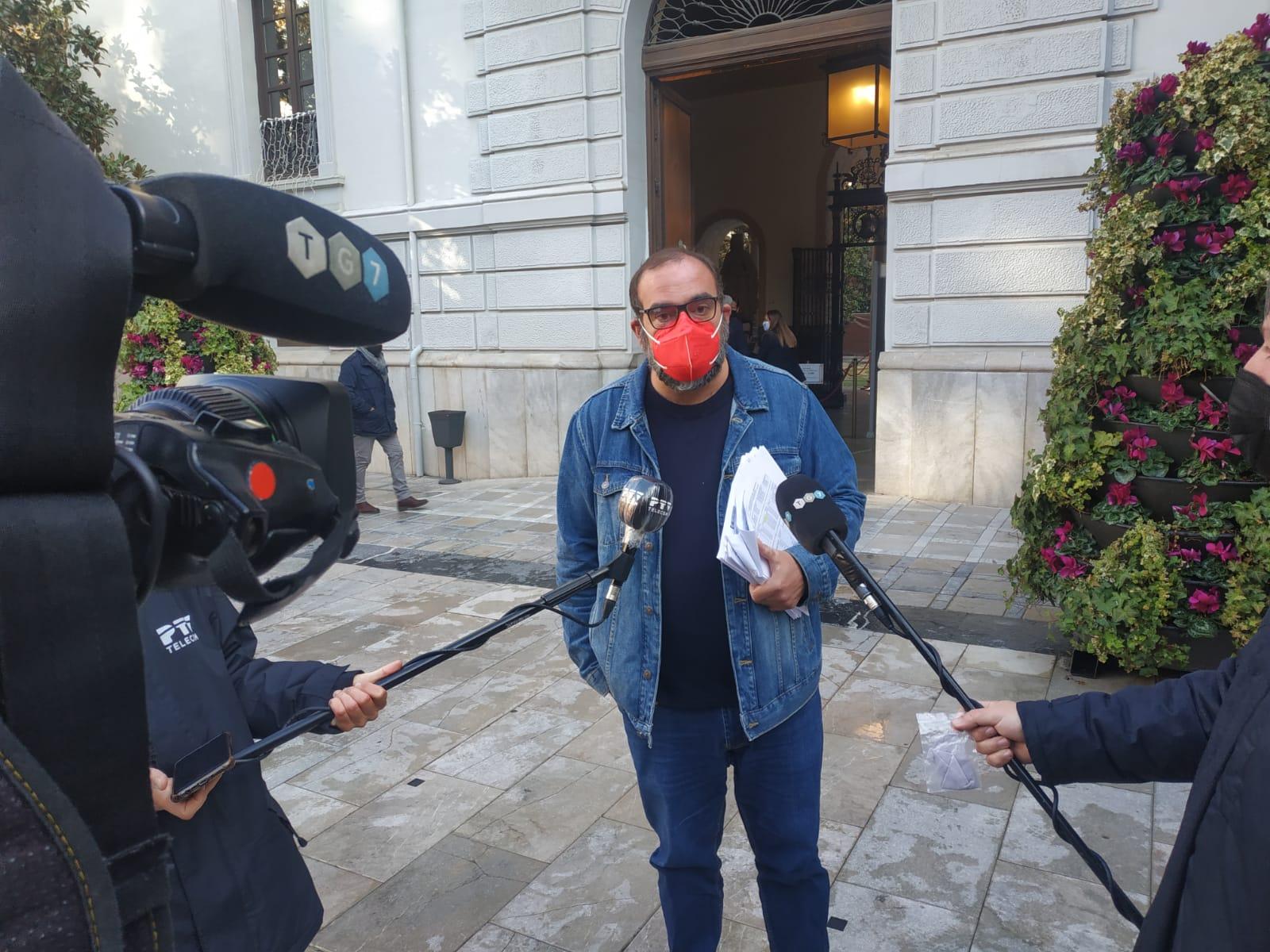 Podemos-IU denuncia que el Bipartito aumenta la deuda comercial del Ayuntamiento en 5 millones más