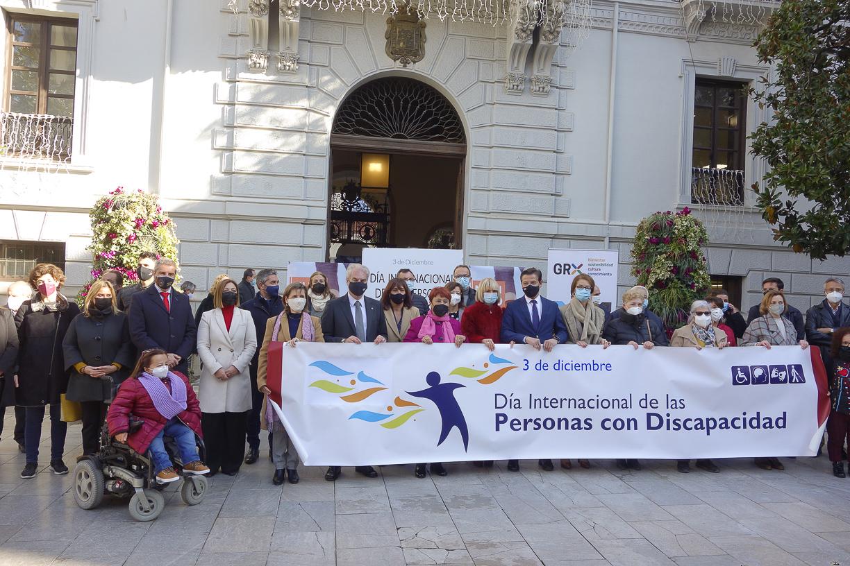 Un manifiesto conmemora el Día Internacional de las Personas con Discapacidad