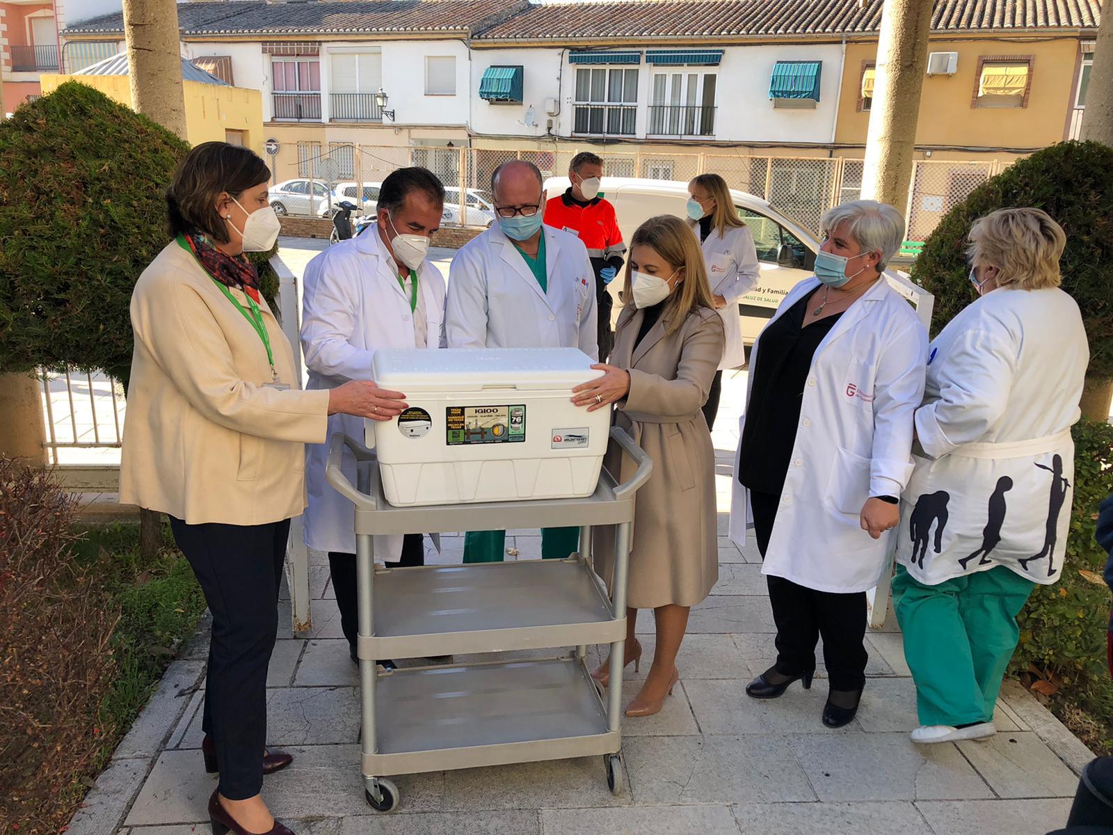 Los mayores de la residencia La Milagrosa acogen con satisfacción la vacuna de la covid-19