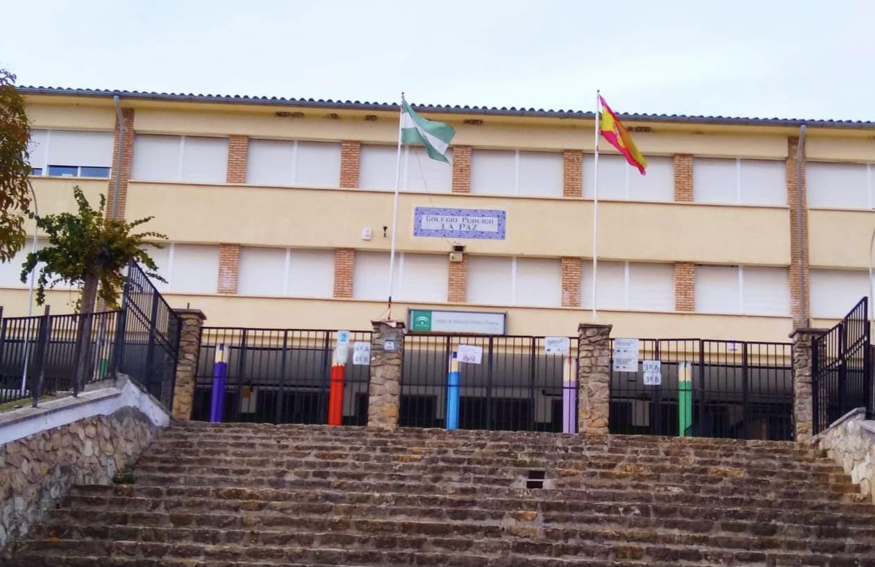 Montefrío enciende la caldera del colegio «La Paz» a las 4 de la mañana por las bajas temperaturas