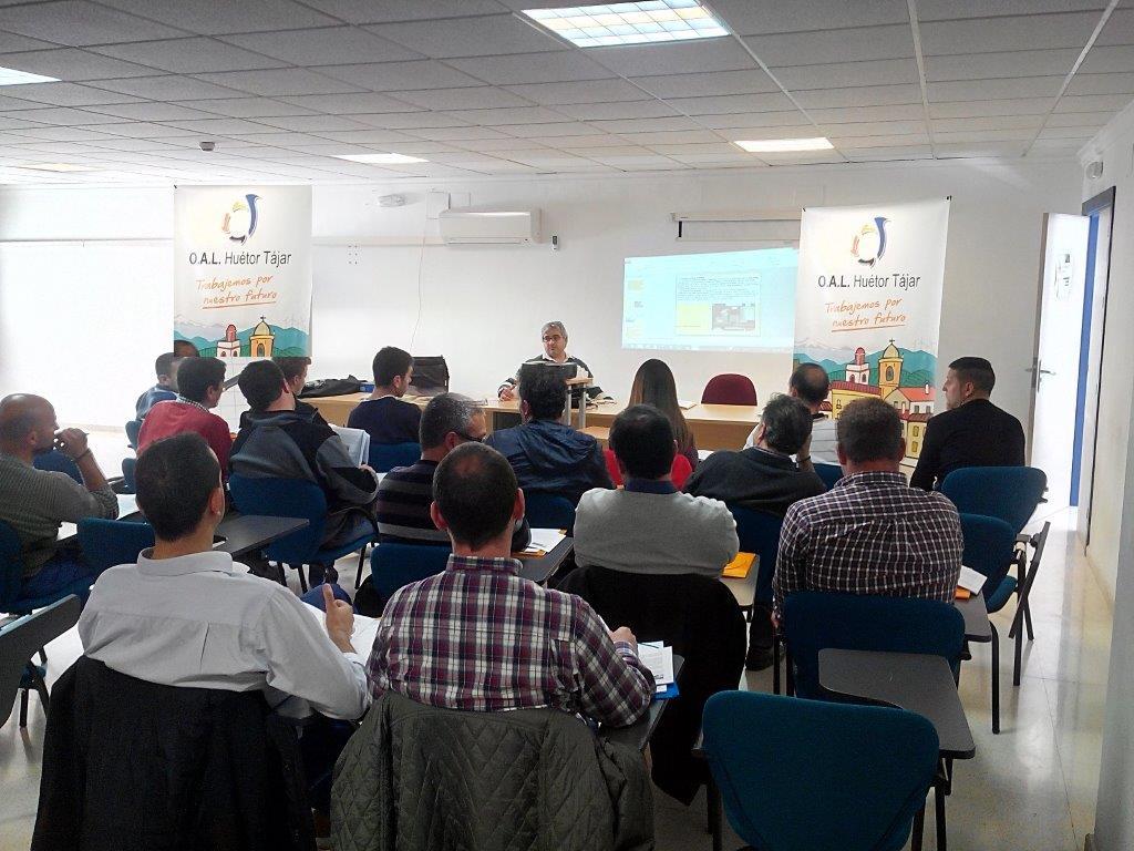 Huétor Tájar formará en marketing internacional a sus empresarios