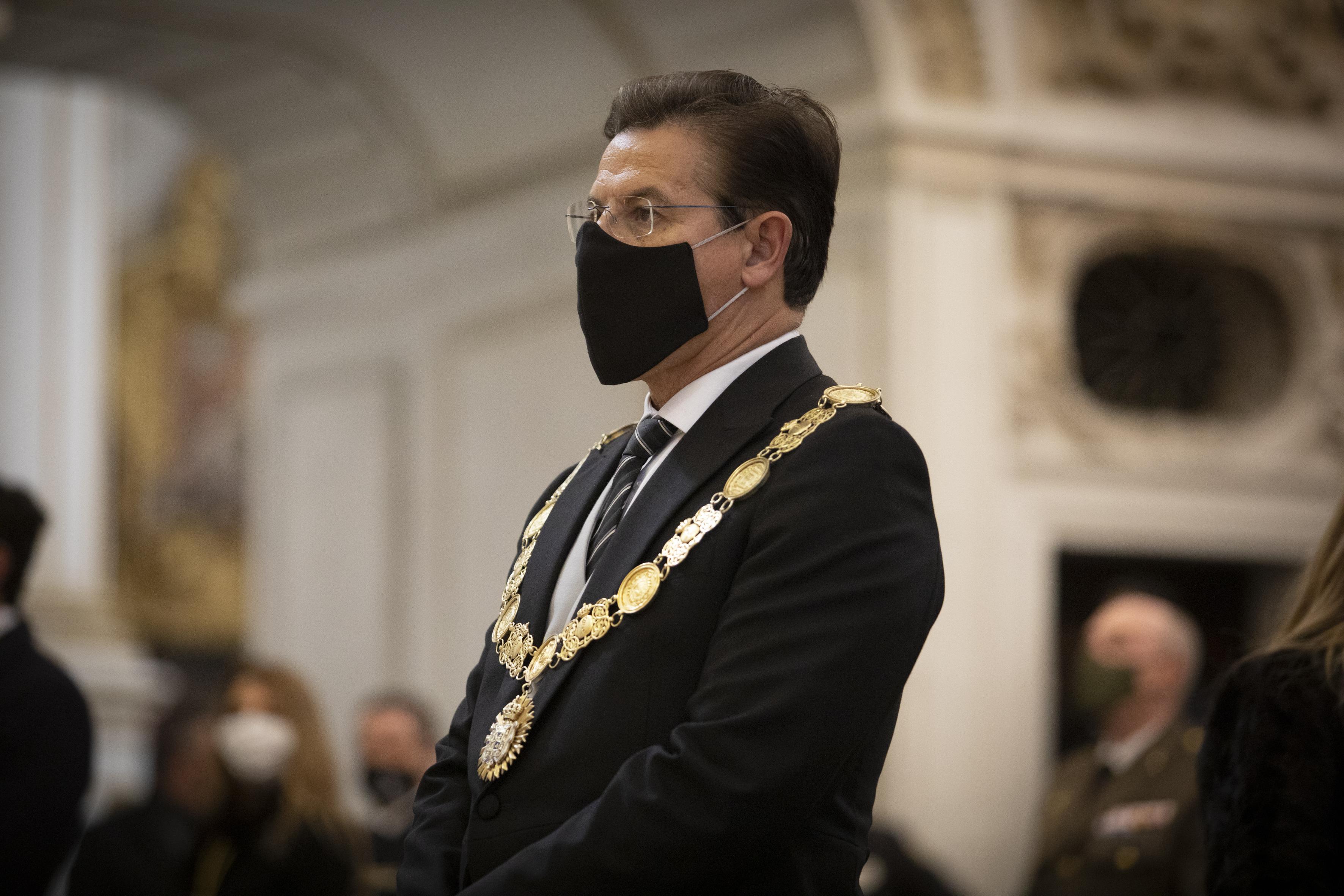 Los relevos de alcalde con pactos 2+2 cerrados en 2019 se rompen en cinco municipios de los 15 previstos en Andalucía