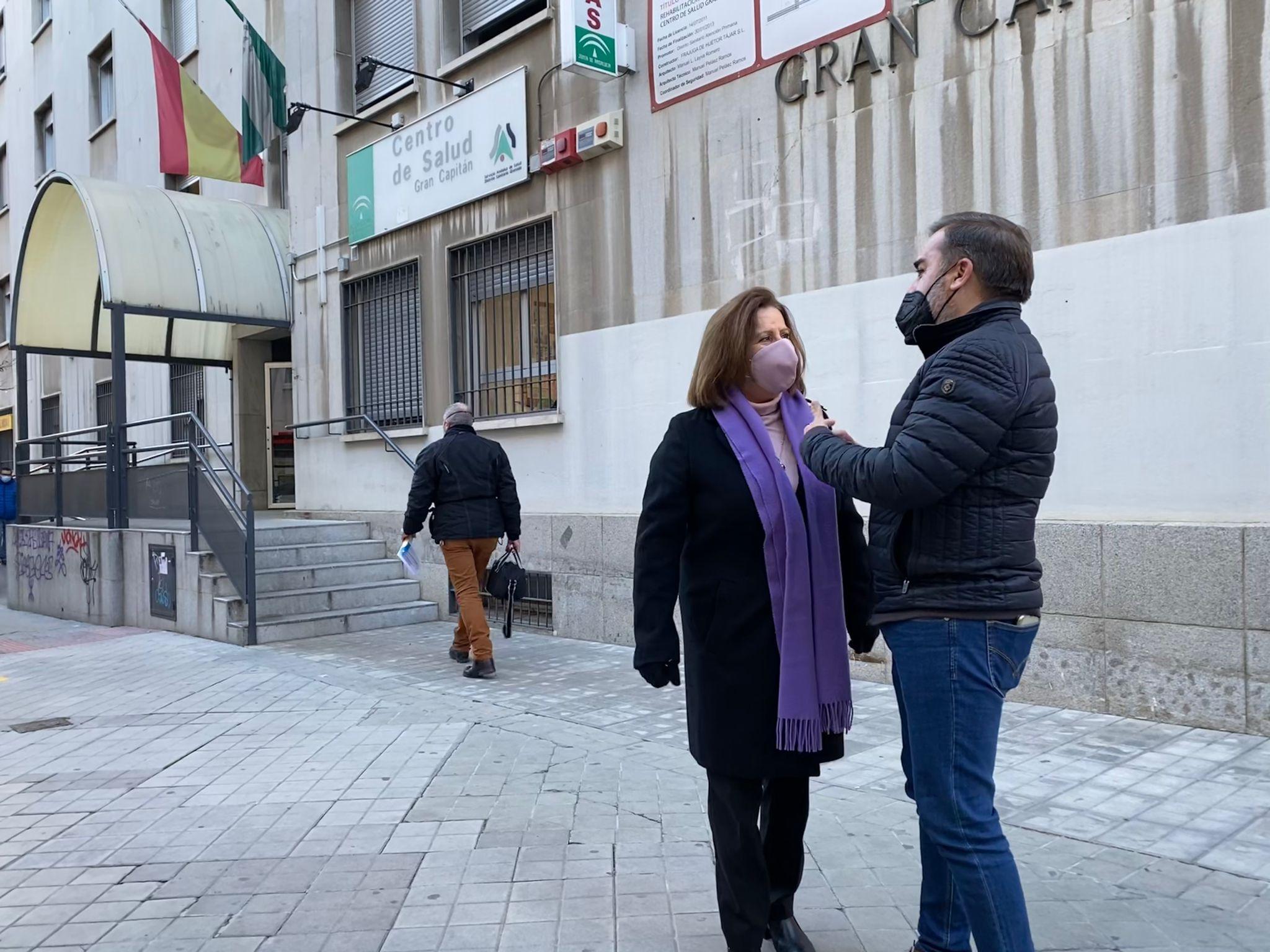 El PSOE exige a la Junta más sanitarios para afrontar la vacunación con garantías