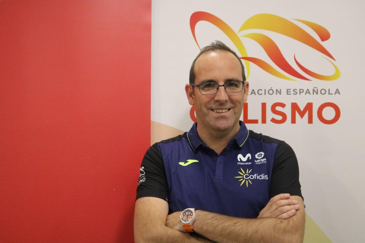 El profesor de la UGR Cristóbal Sánchez Muñoz seguirá al frente de la dirección de la Federación Española de Ciclismo