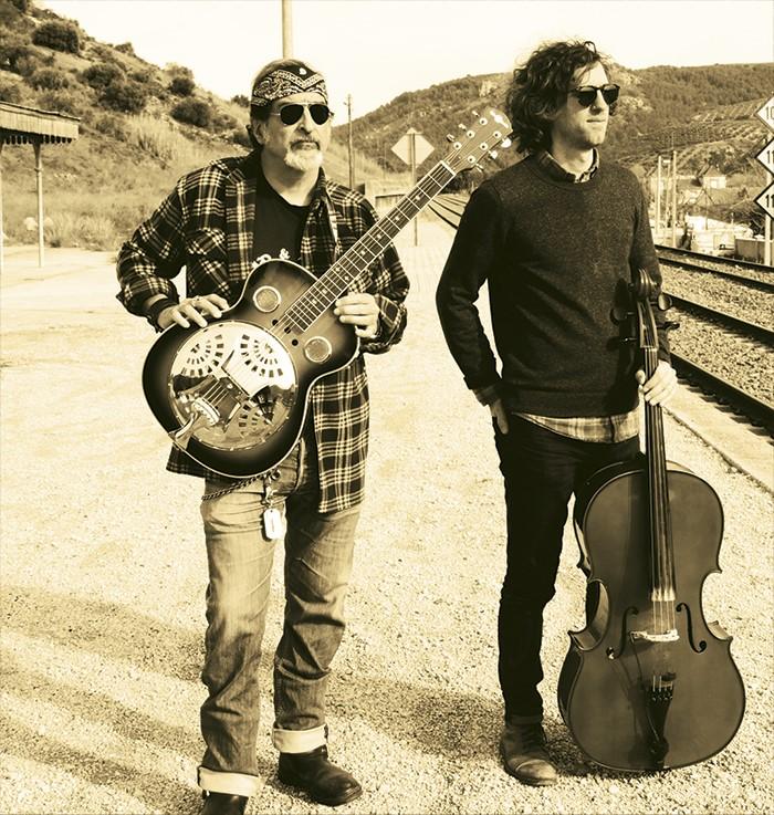 """El dúo Matthew & Juan presenta """"Bajo el Sol"""""""