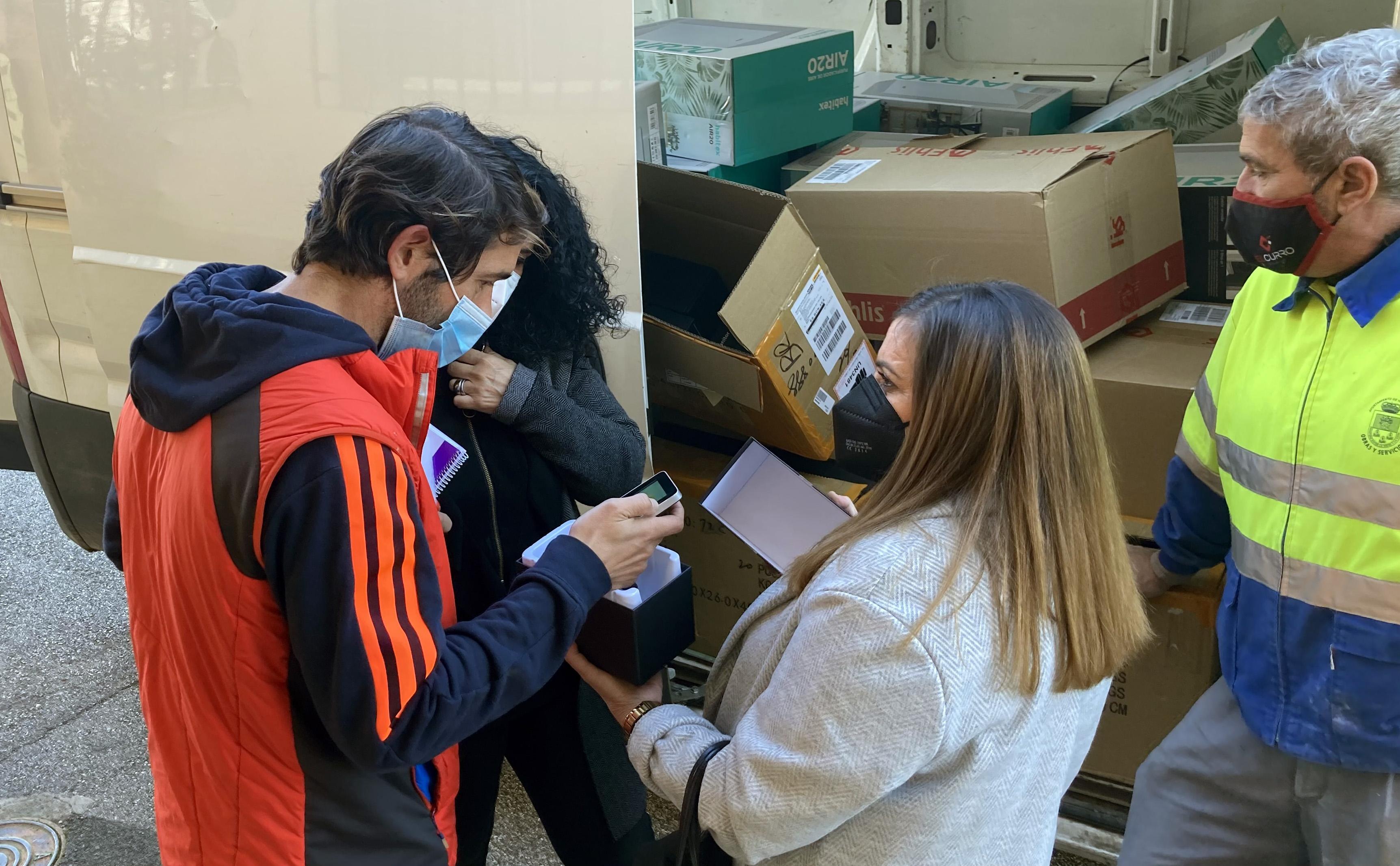 El Ayuntamiento de Huétor Vega dota de purificadores de aire y medidores de CO2 a los centros educativos