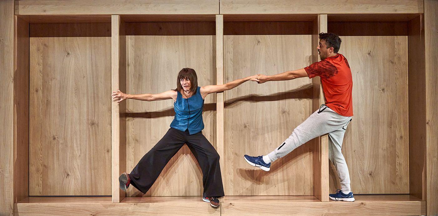El Teatro Alhambra presenta hoy 'El mueble', de Histrión Teatro