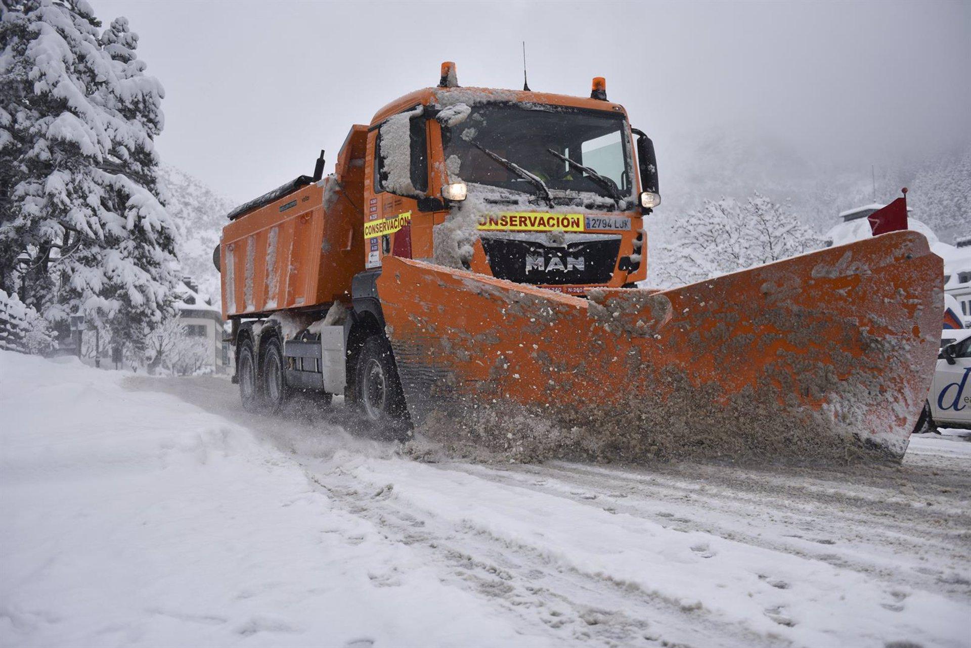 Se mantiene el aviso naranja por nieve en las comarcas de Baza y Guadix hasta la medianoche