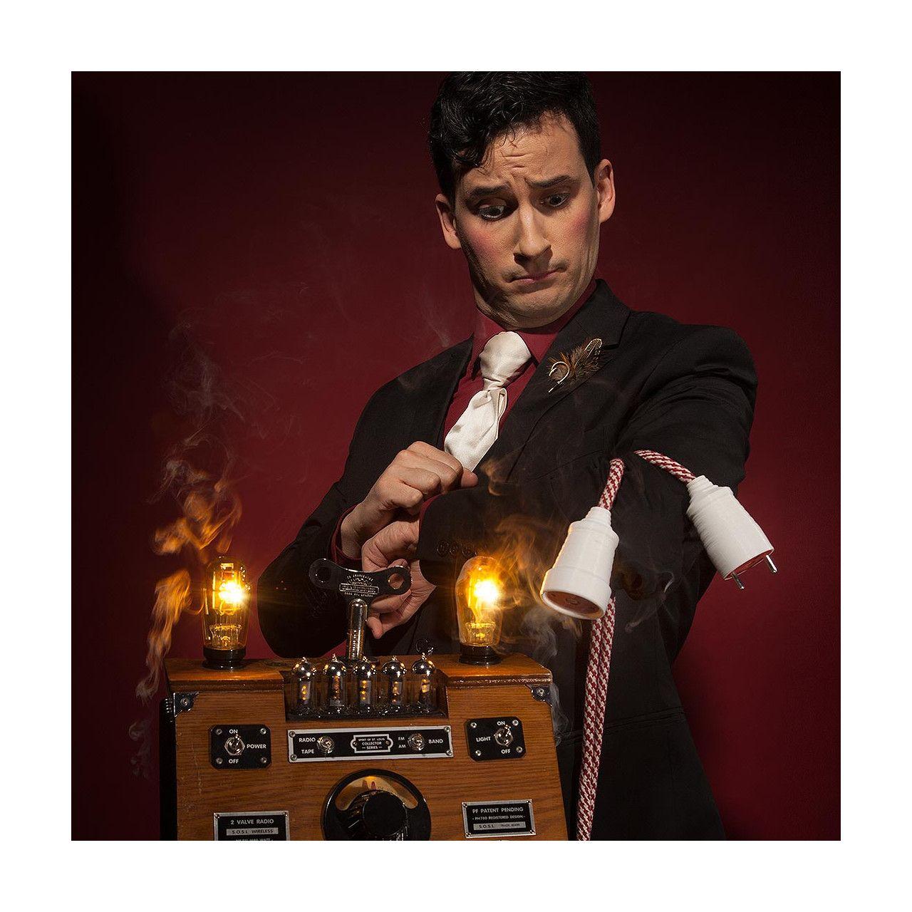 El Hocus Pocus cierra su edición «navideña» con la tradicional gala de magia de cerca