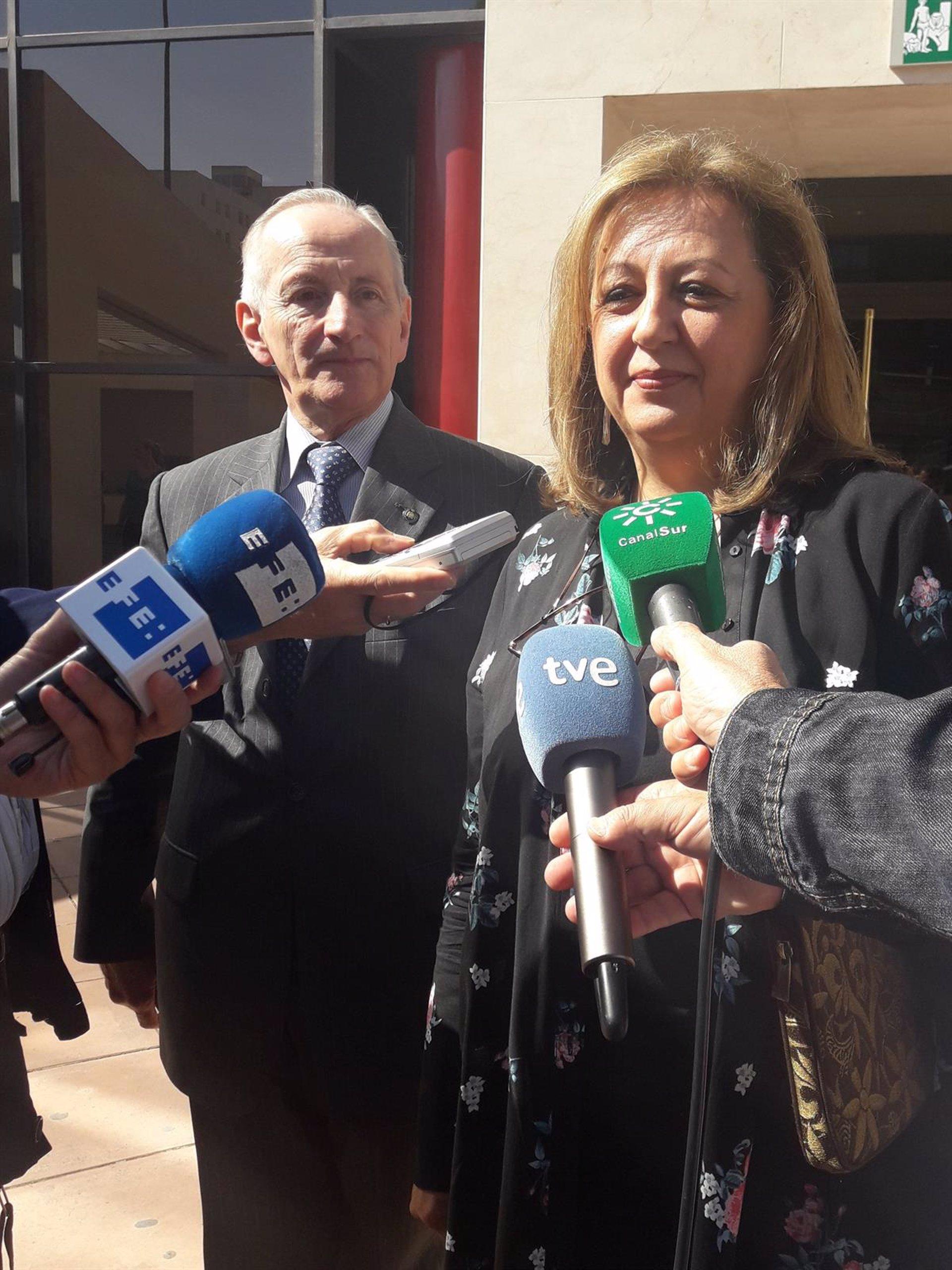 Abren juicio oral contra la exdirectora de la Alhambra por el caso audioguías