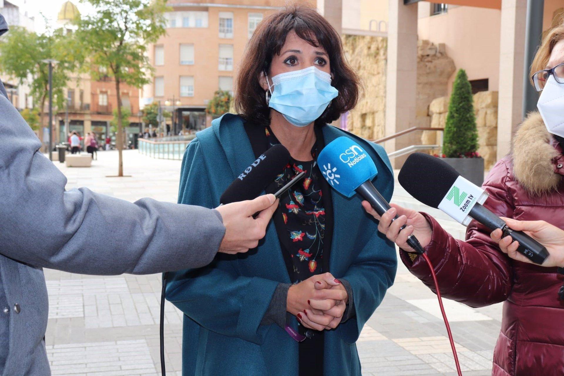 La coordinadora de Podemos Andalucía mantiene un encuentro con la militancia