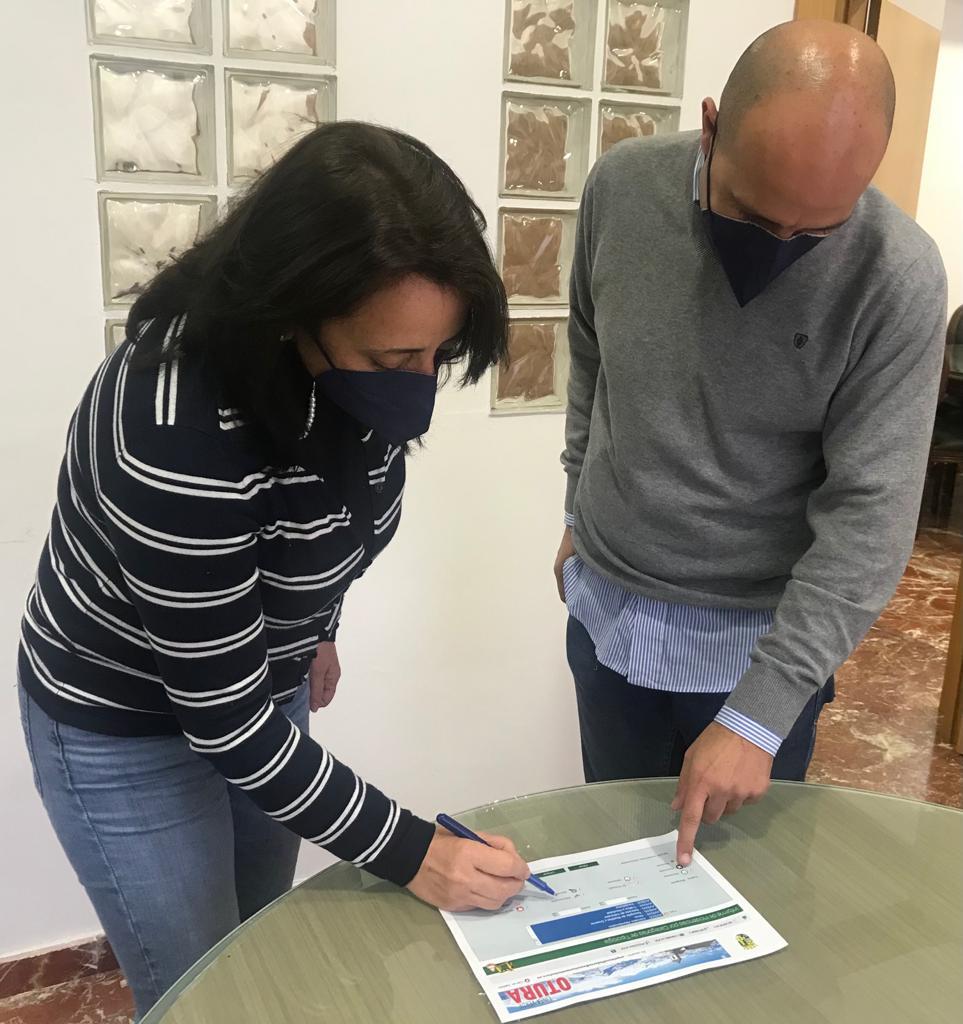 Otura ha solucionado 2.500 incidencias comunicadas por sus vecinos a través de la 'Línea Verde'