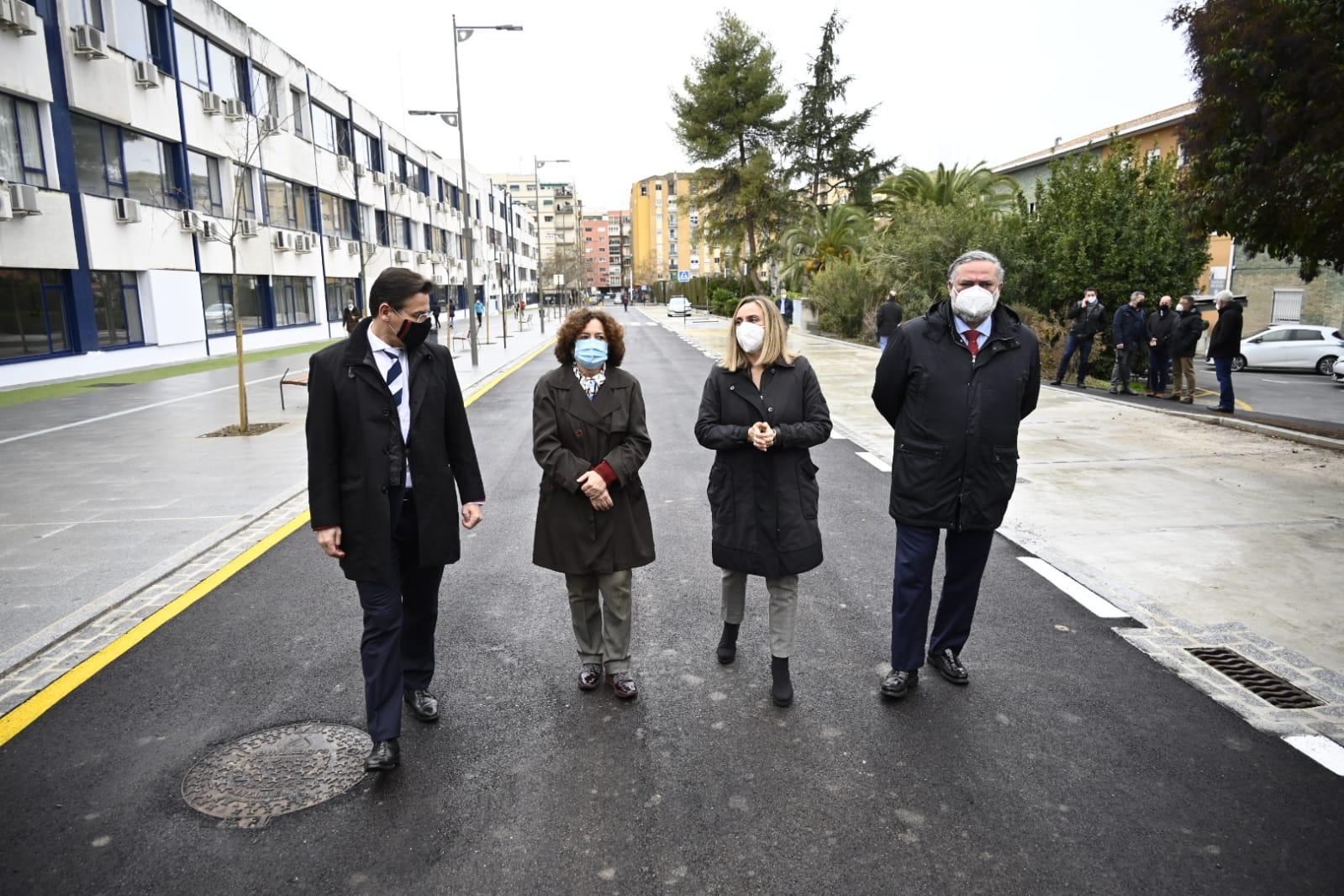 Finalizan las obras de reurbanización de los Paseíllos Universitarios