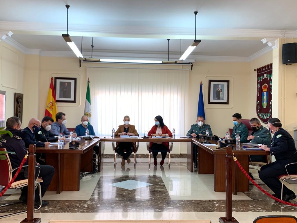 Acuerdo para impulsar medidas legislativas para acabar con los cortes de luz en la zona norte