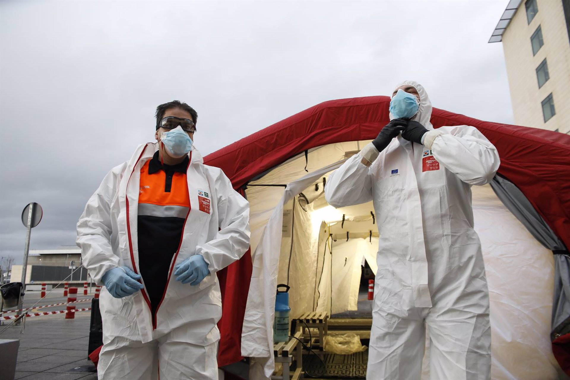 El Colegio de Enfermería pide a la población que «se autoconfine» para «frenar» los contagios