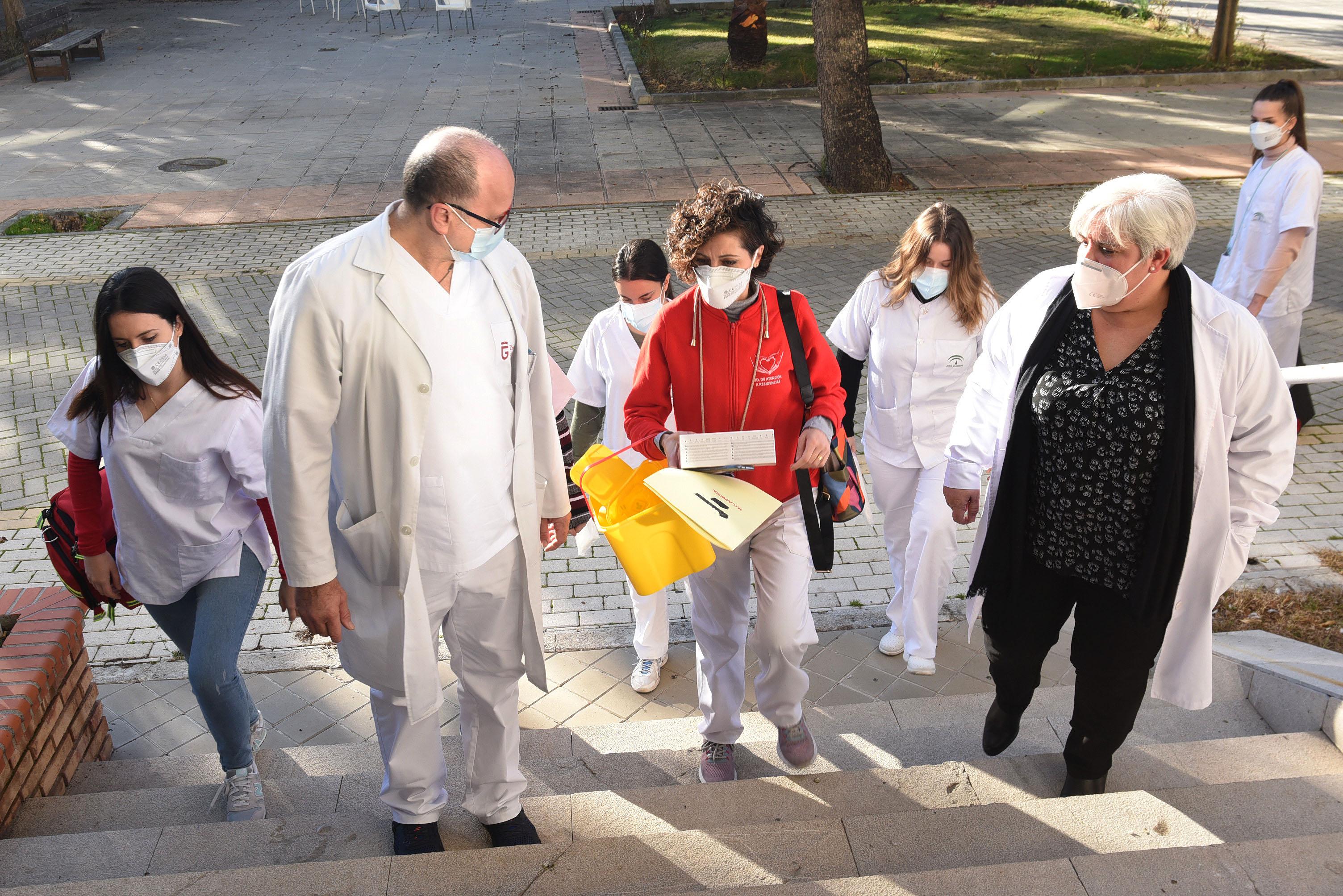 Arranca la segunda fase de vacunación de en los centros residenciales de Diputación