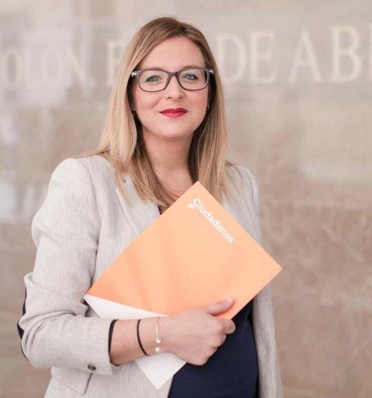 Ciudadanos critica que PSOE e IU «den la espalda a decenas de trabajadoras a domicilio» en Santa Fe