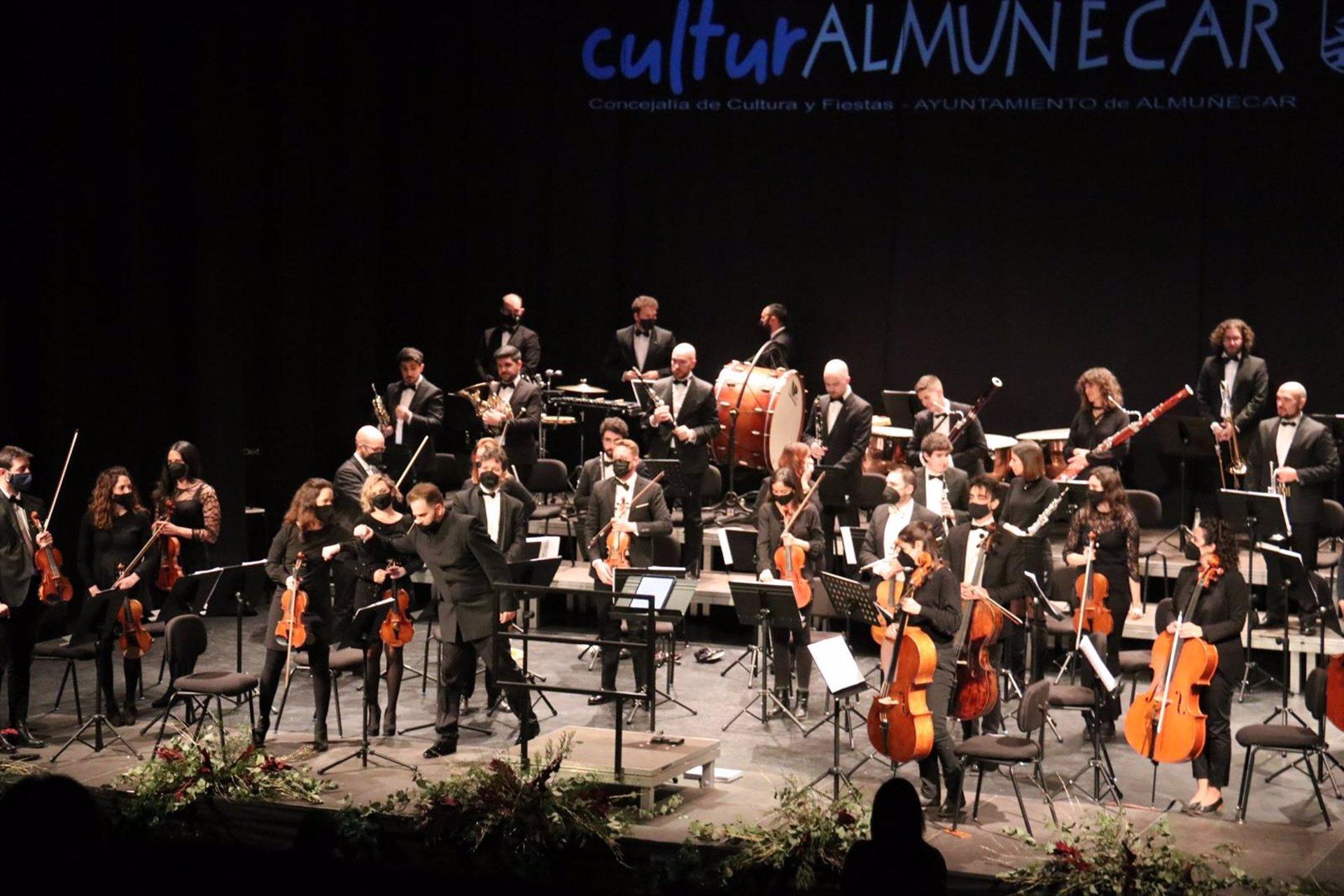 Almuñécar dedica el concierto de año nuevo a los colectivos que trabajan contra la pandemia