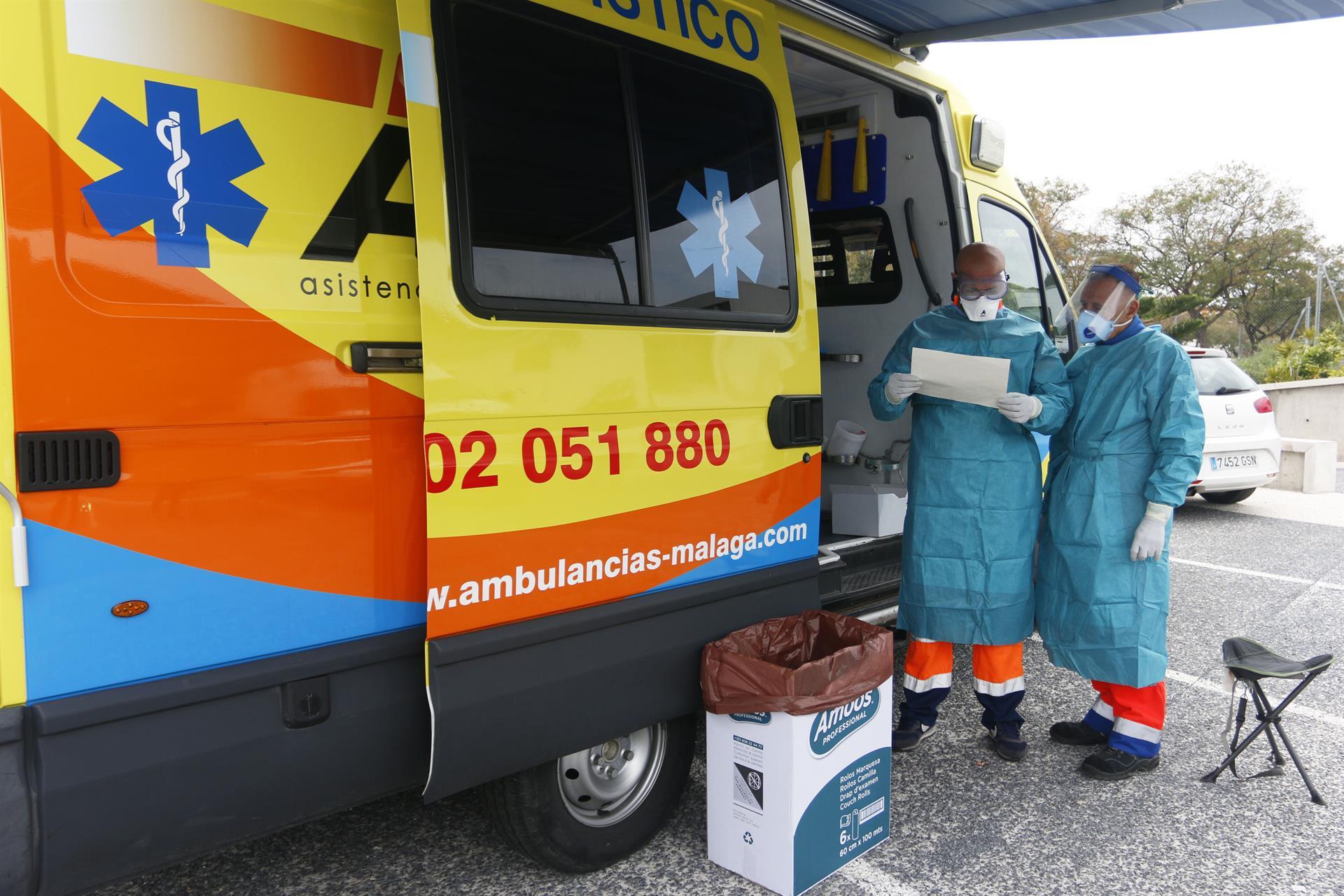 Granada registra 661 contagios, 8 muertes, y 263 hospitalizaciones, 54 en UCI