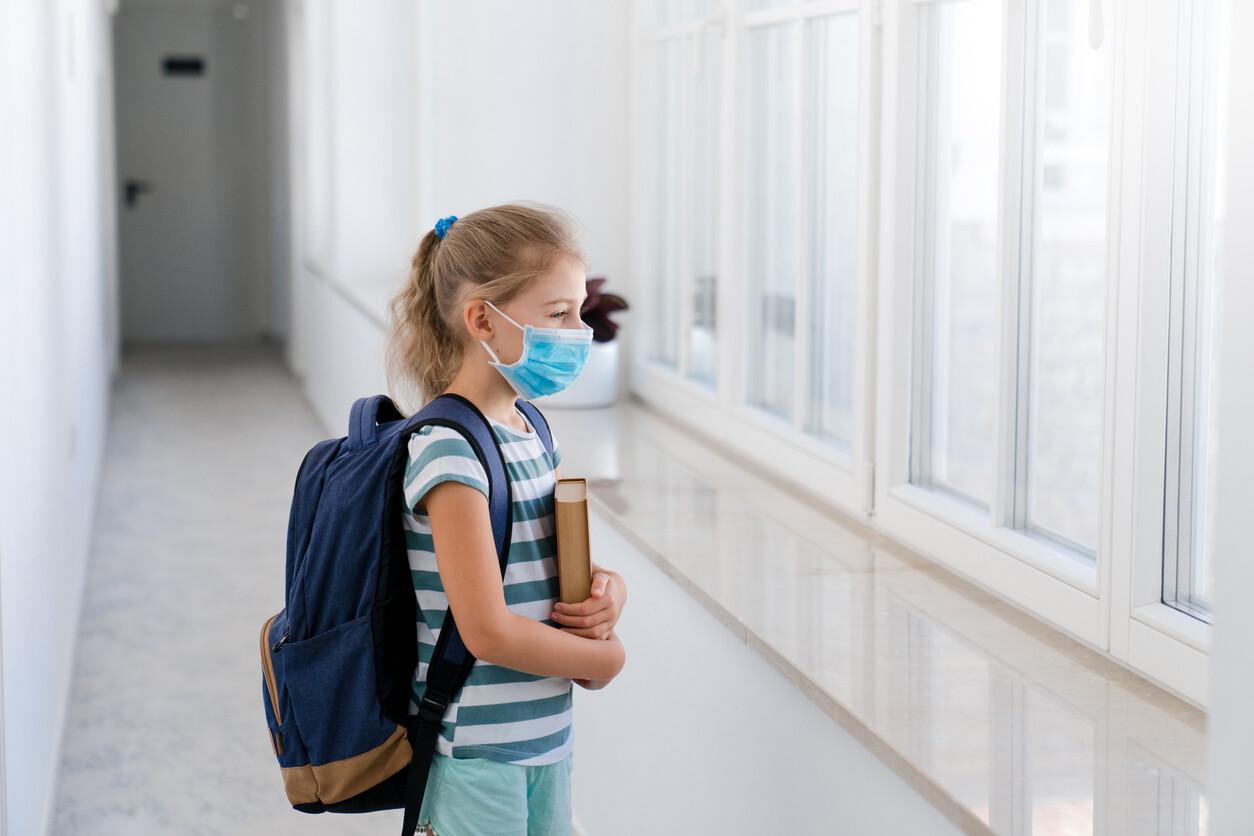 Educación recuerda que los centros tienen pautas sanitarias para equilibrar confort térmico y ventilación